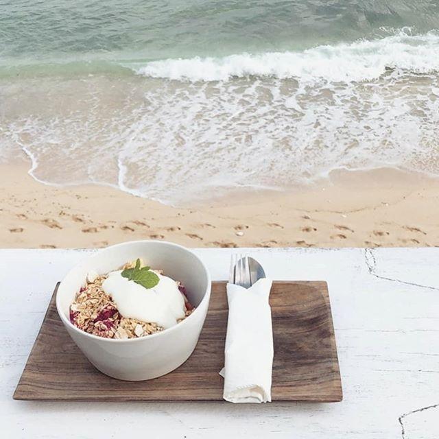 B R E A K F A S T.  G O A L S 🙌  #binginbeach #bali #travel #breakfast #beach #bingin