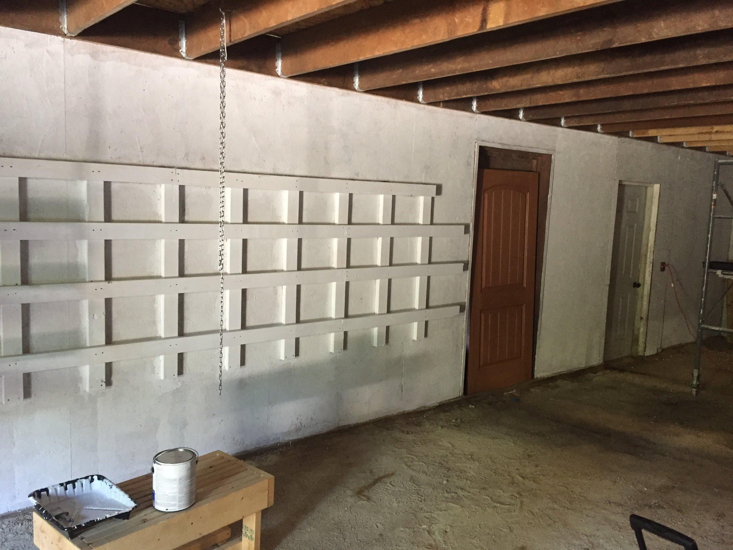 primer w:o shelves.JPG