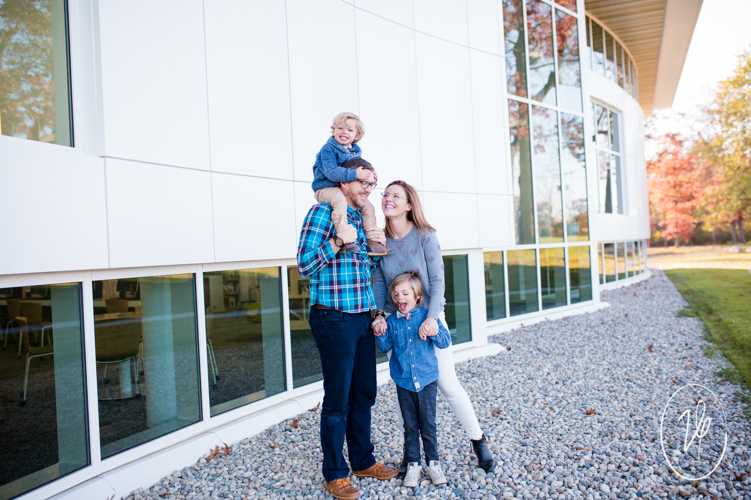 Viridian Ivy Images | Sylvania Family Photographer