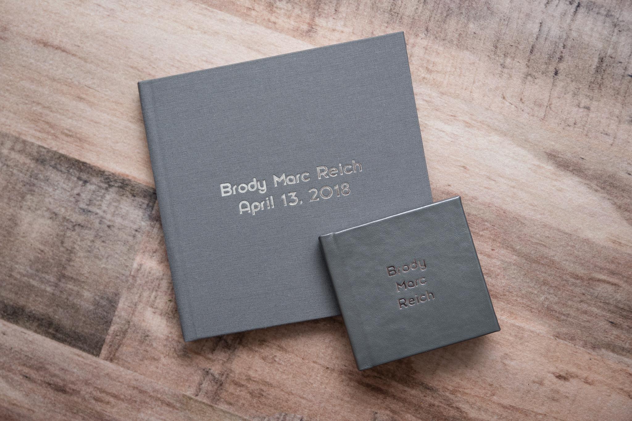 custom-album-newborn 1.jpg