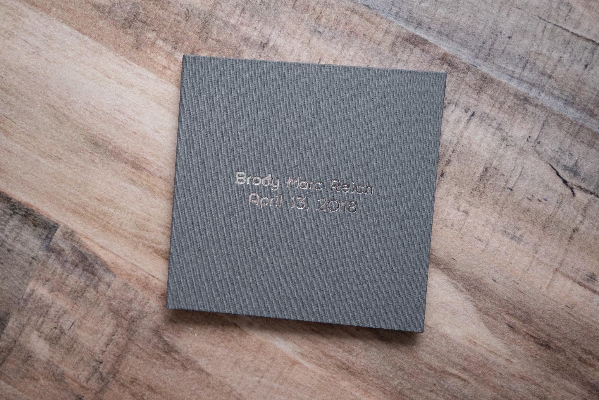 custom-album-newborn 13.jpg