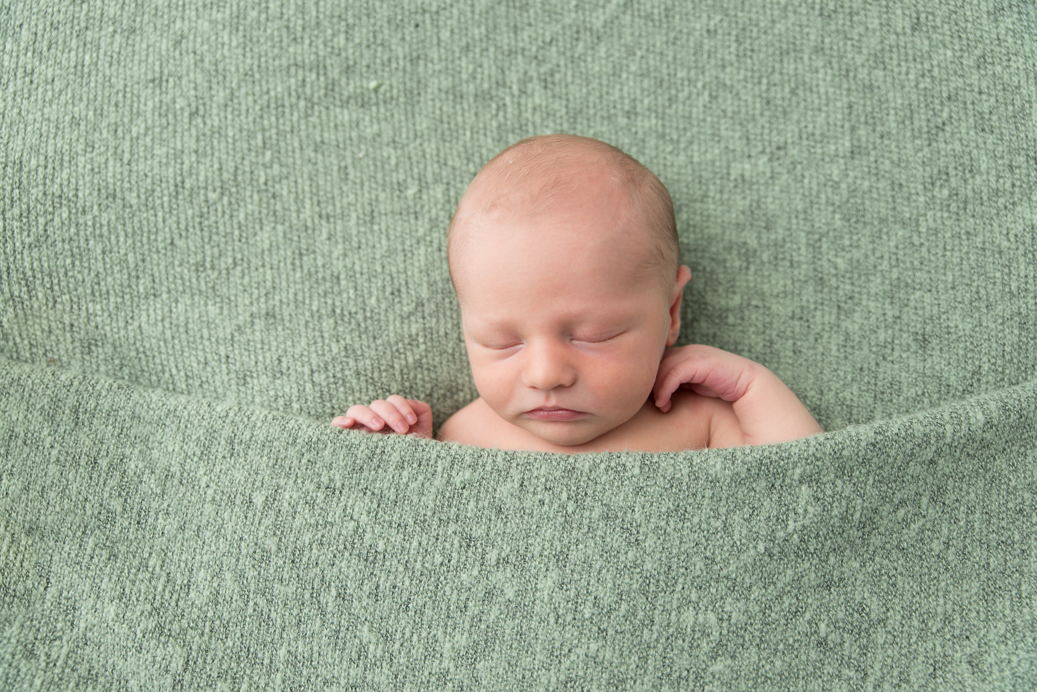 Chevy-chase-md-newborn-photographer65.jpg