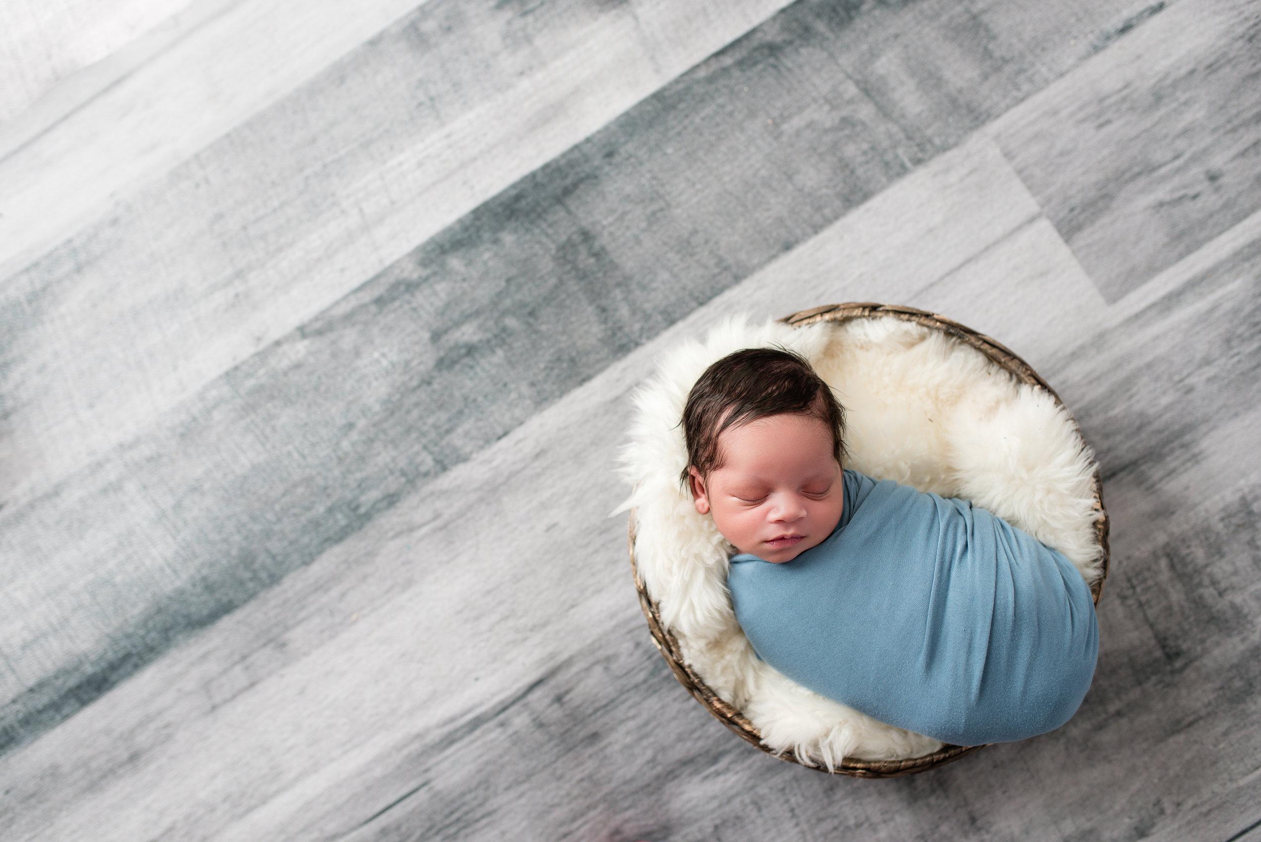 newborn_photographer_gaithersburg 20.jpg