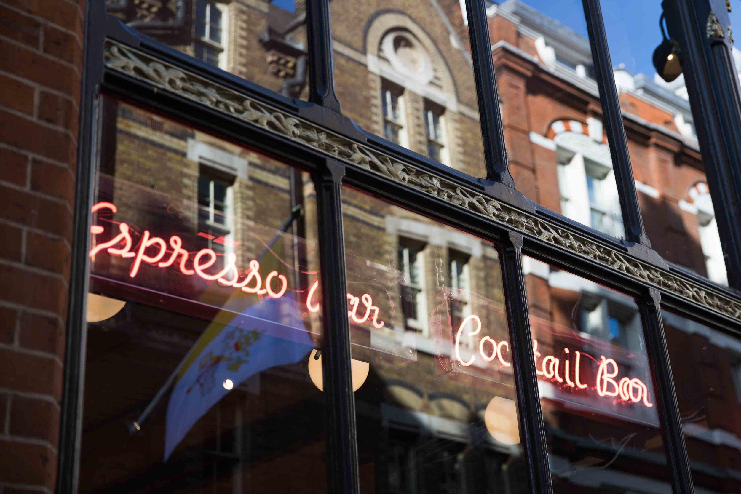 JCTP0104-Covent Garden-London-UK-mcconaghy-32.jpg