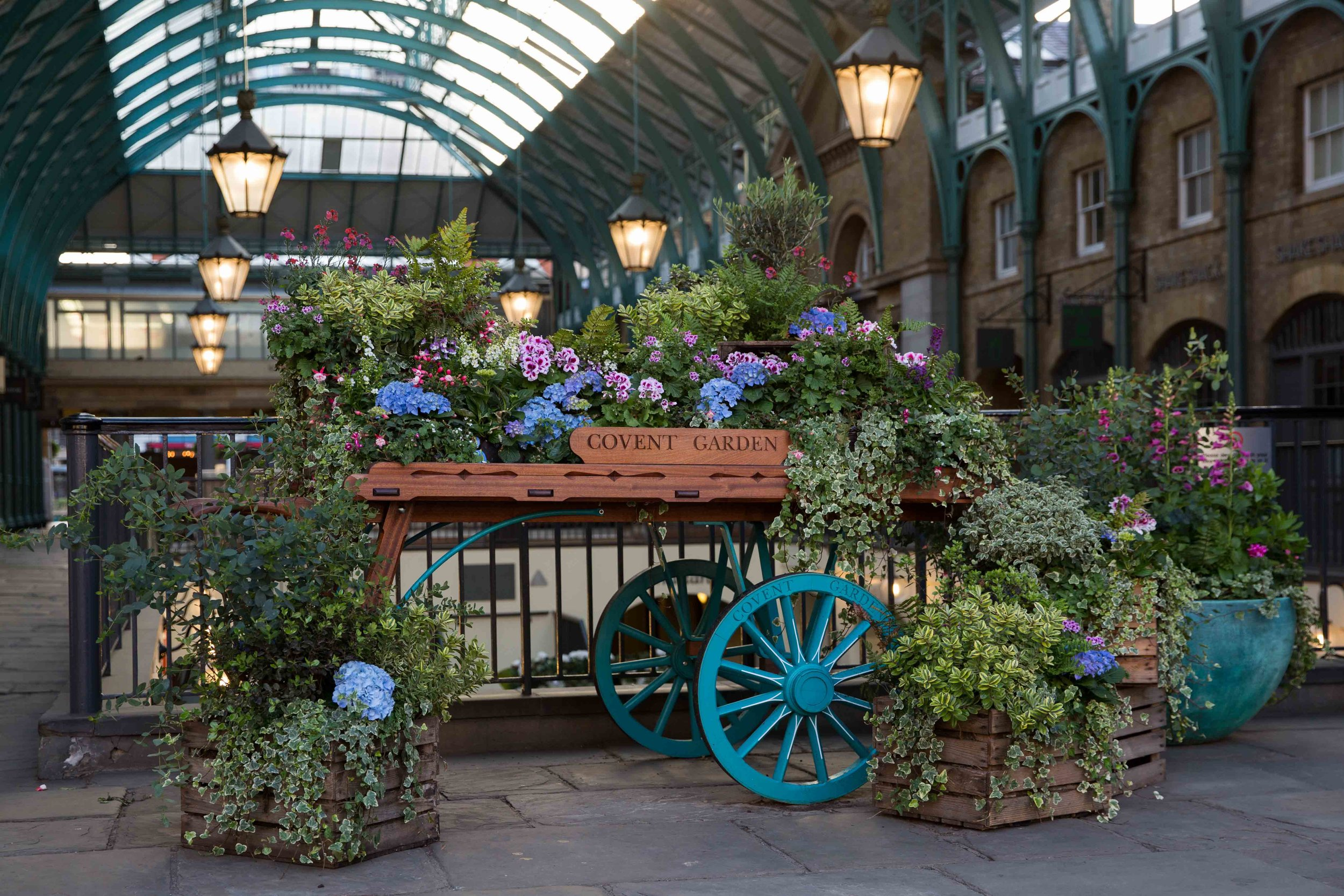 JCTP0104-Covent Garden-London-UK-mcconaghy-3.jpg