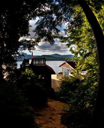 Lake_Placid.New_York.Camp_Crow's_Nest.Lake_House.Robert_Orr_&_Associates.Architecture.Landscape_Architecture.Urbanism.Camp.jpg