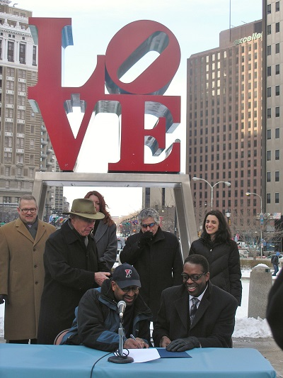 "Mayor Nutter and Council President Clarke sign ""A Shared Vision for Love Park"""