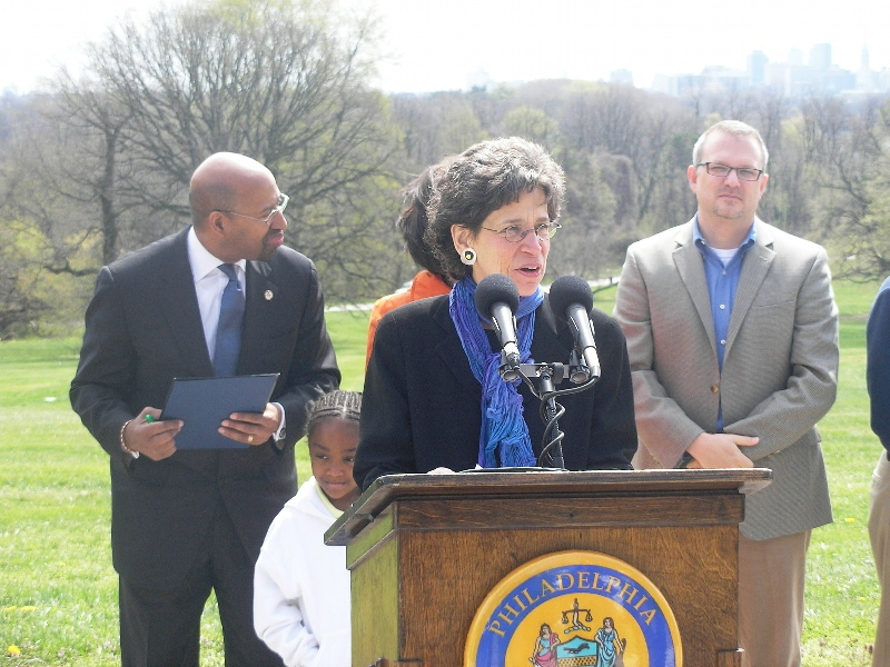 (L - R) Mayor Nutter; Nancy Goldenberg, President, Commission on Parks and Recreation; Mark Focht, First Deputy Commissioner, Philadelphia Department of Parks and Recreation