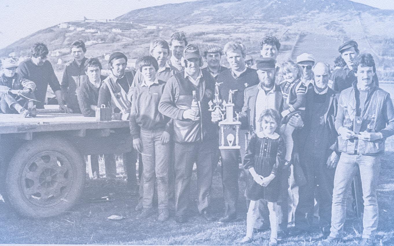 Inch Gun Club clay shoot 1984.jpg
