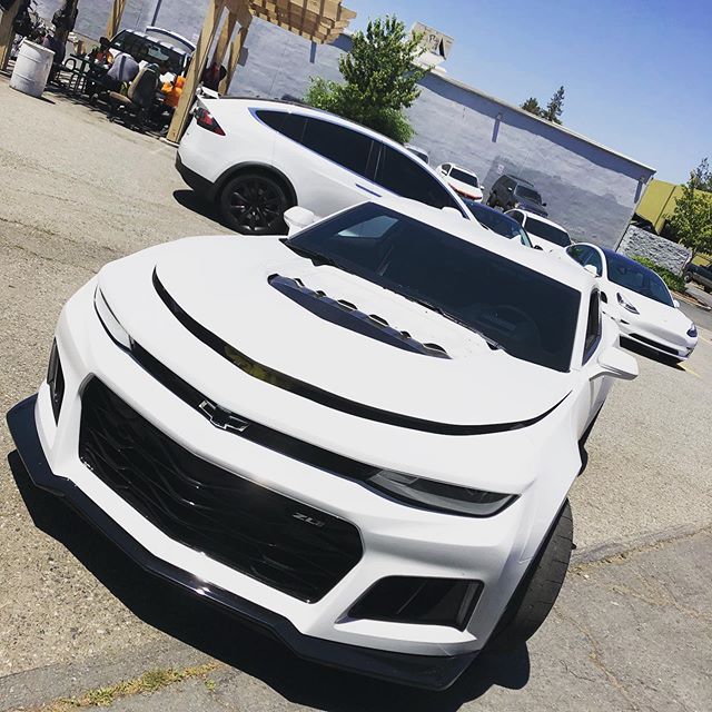 Another full day! #teamwhitecar #chevycamaro #teslamodelx #teslamodel3 #xpel #solargardfilm #ceramicpro