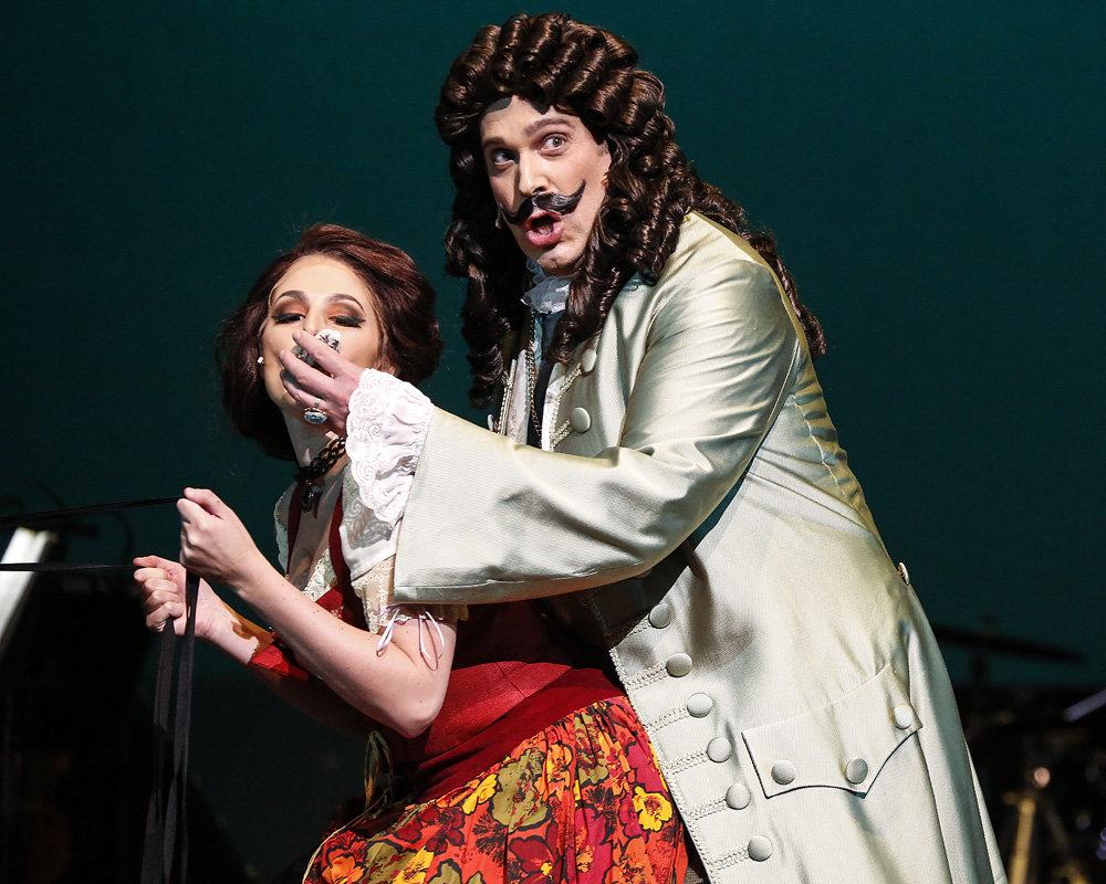 Candide co production with Anchorage Opera and Anchorage Symphony Photo Kathleen Behnke