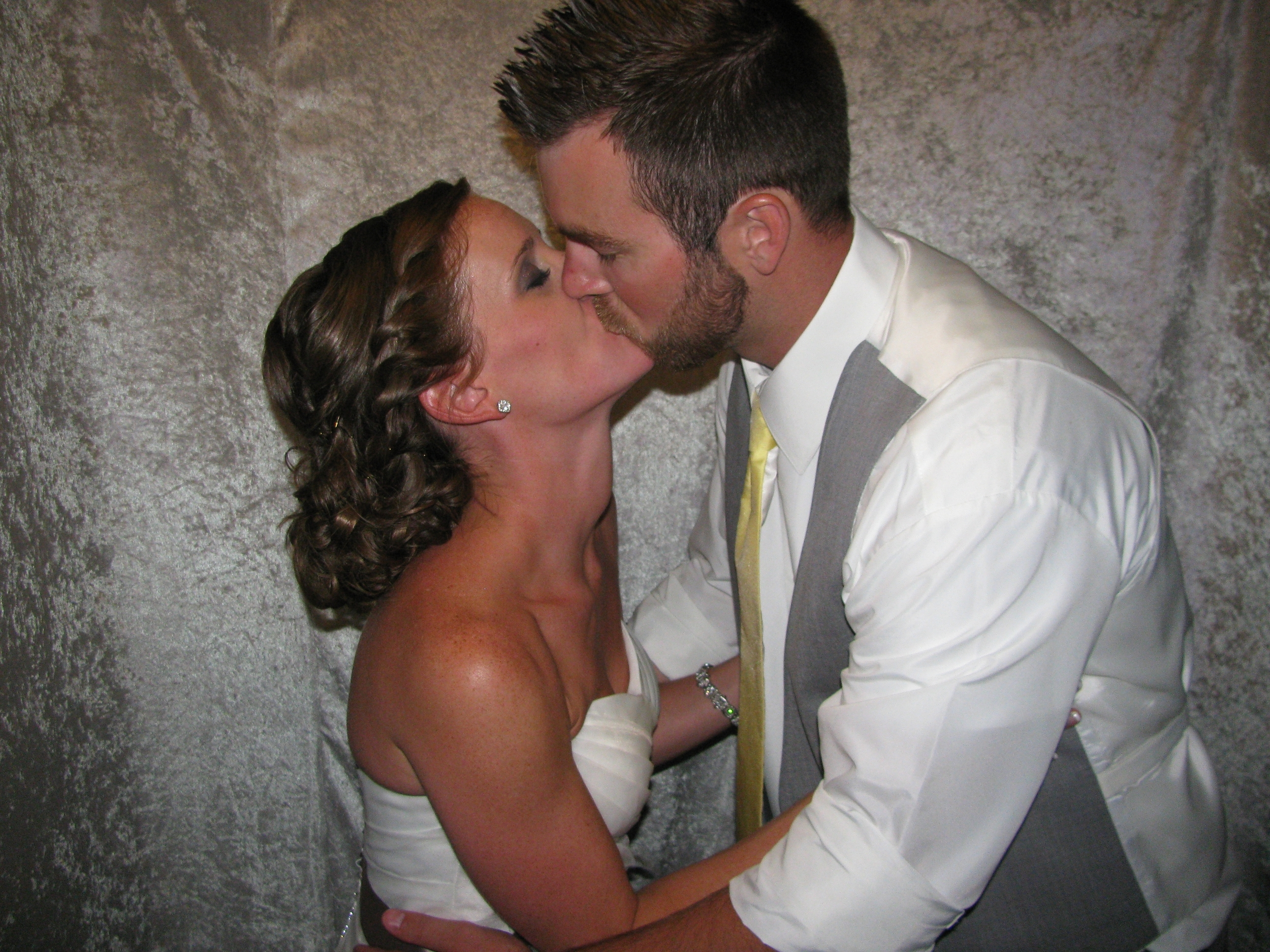 Newlyweds in Photo Booth