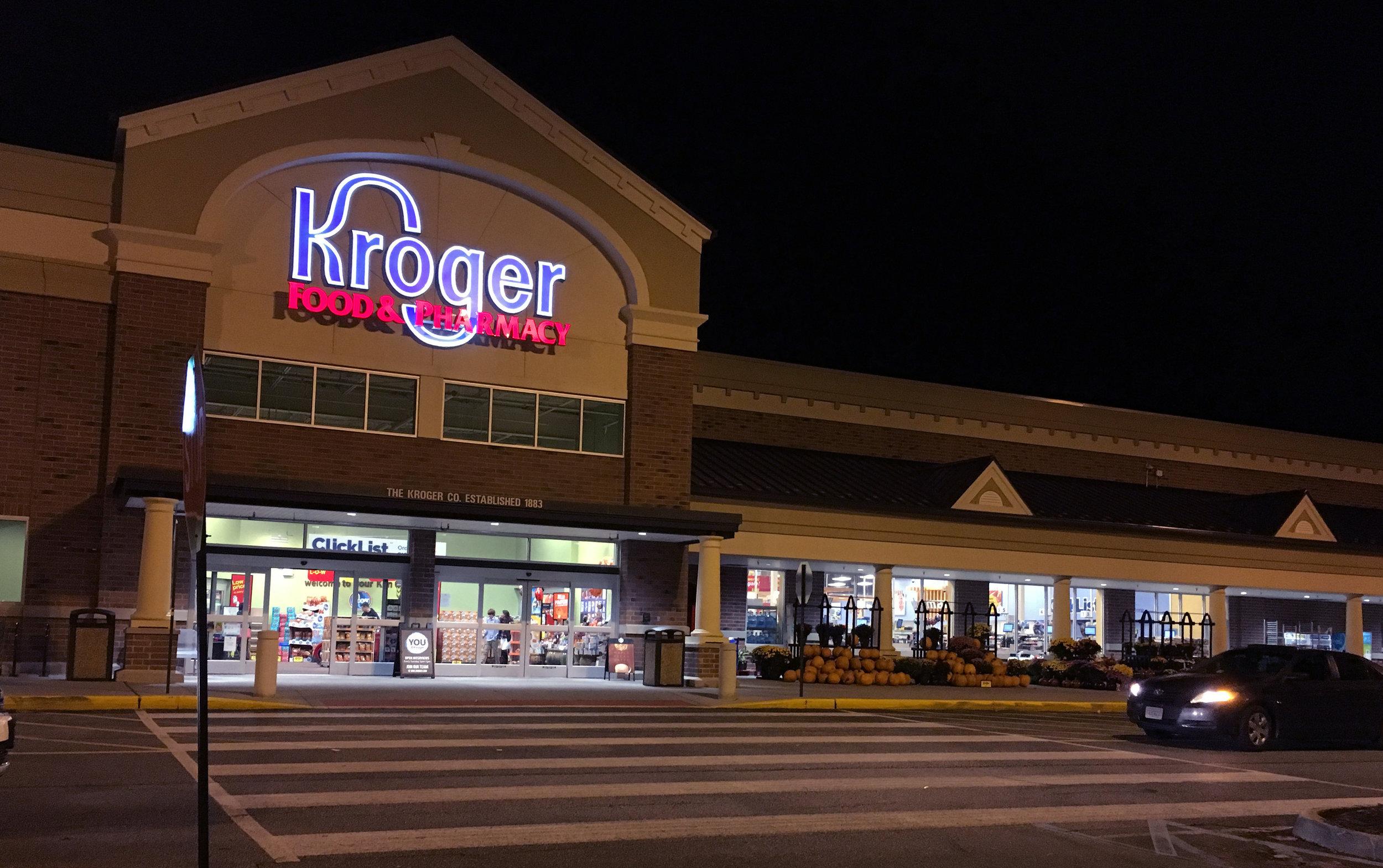 Kroger_-_Tabb_(Kiln_Creek),_VA_(37755148111).jpg