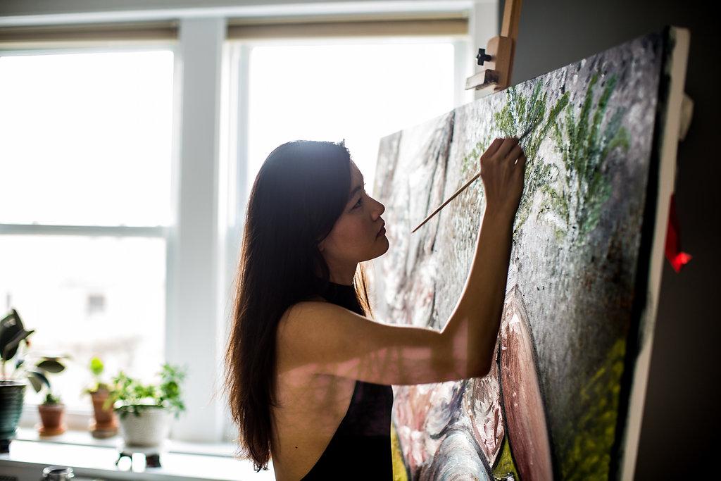 artist zen she diana zeng painting profile view