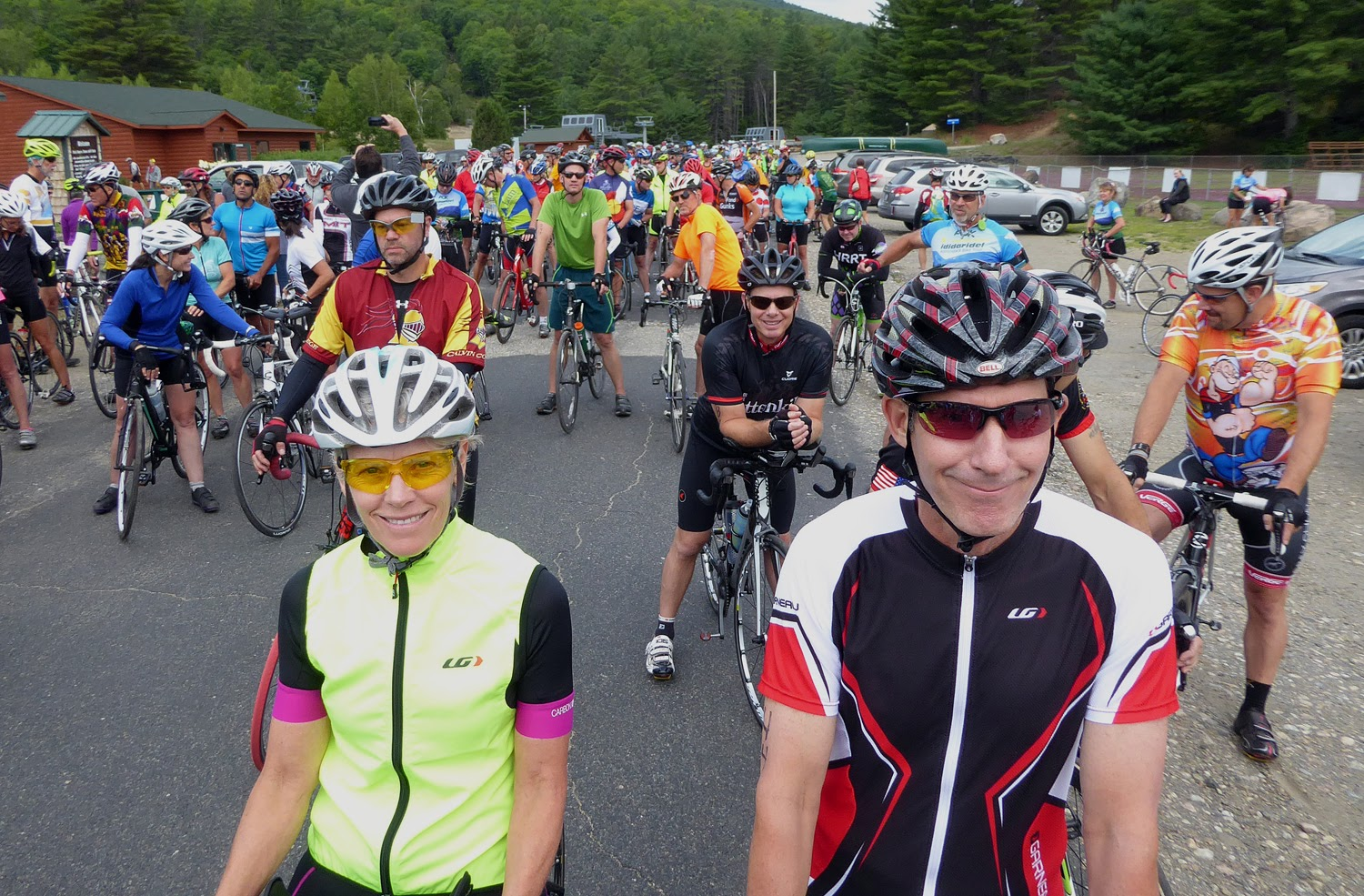 Riders wait for the start of the 2016 Ididaride.   Copyright by Dave Kraus/ Krausgrafik.com