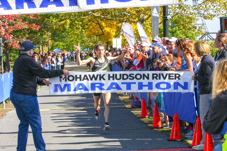 2015 marathon winner Bryan morseman of bath. Bill Meehan
