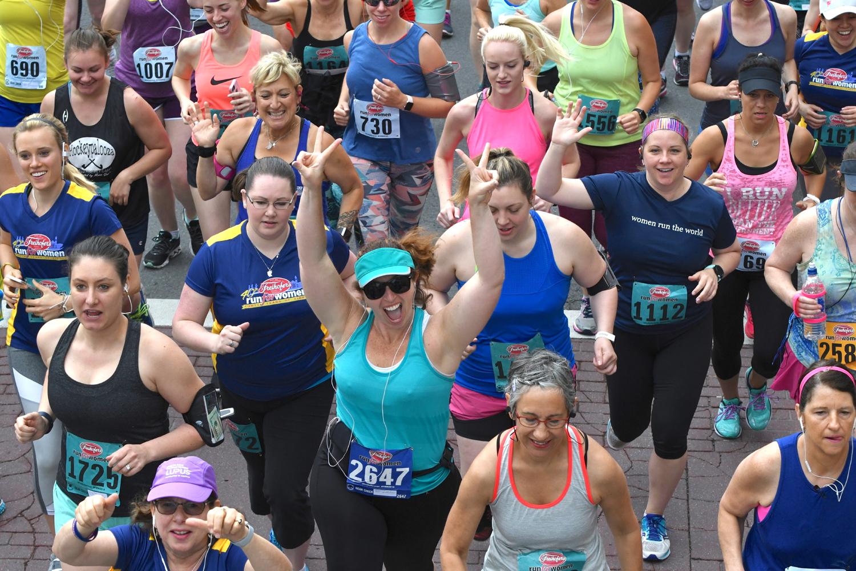Start at the 2018 Freihofer's Run for Women.  Michael Farrell/Times Union