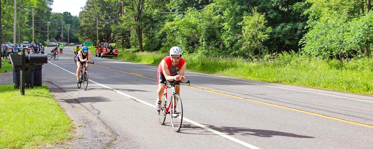Bike leg start at the Hudson Crossing Triathlon.