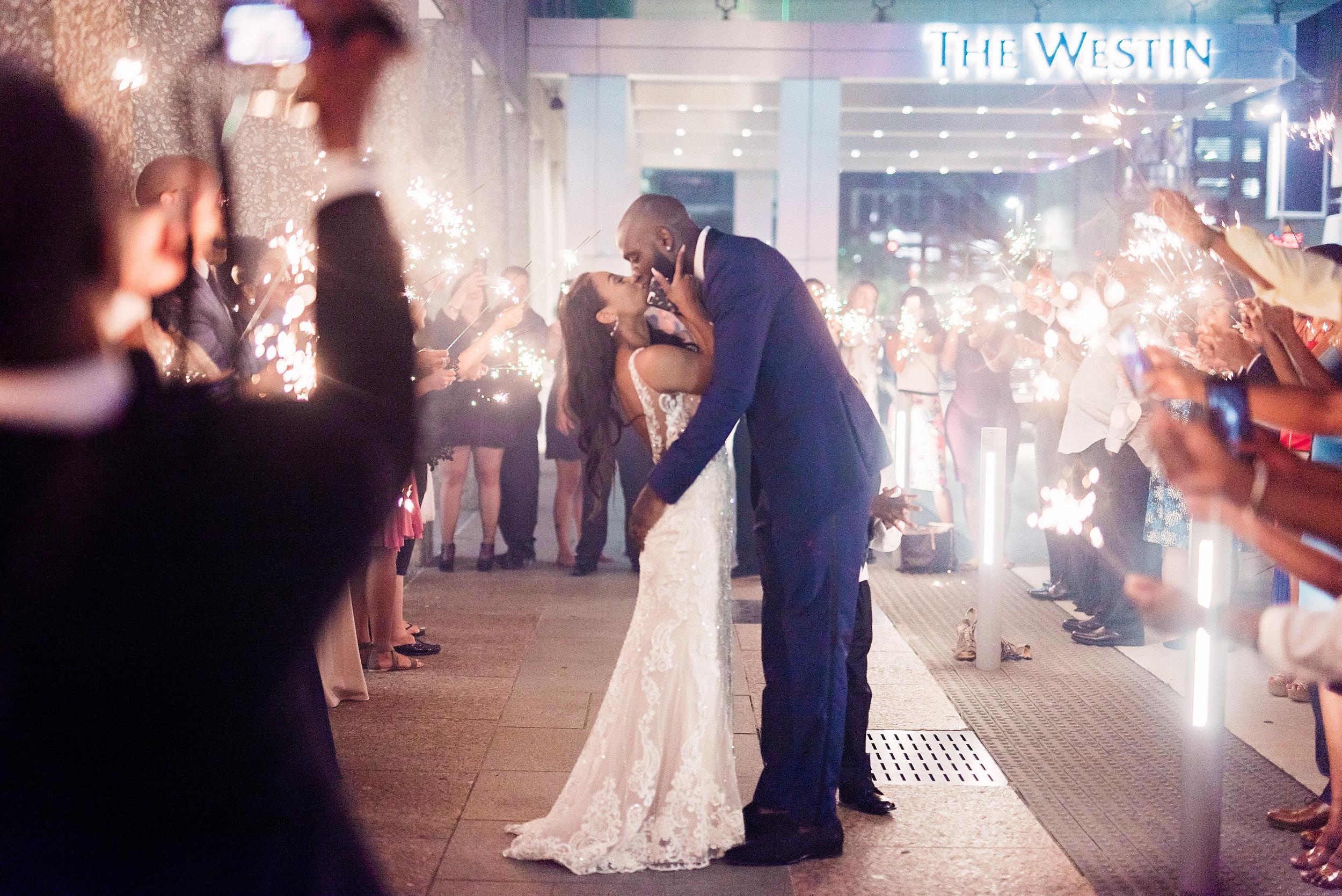 Enchanting-Wedding-Jessica-Quincy-Pharris-Photos150.jpg