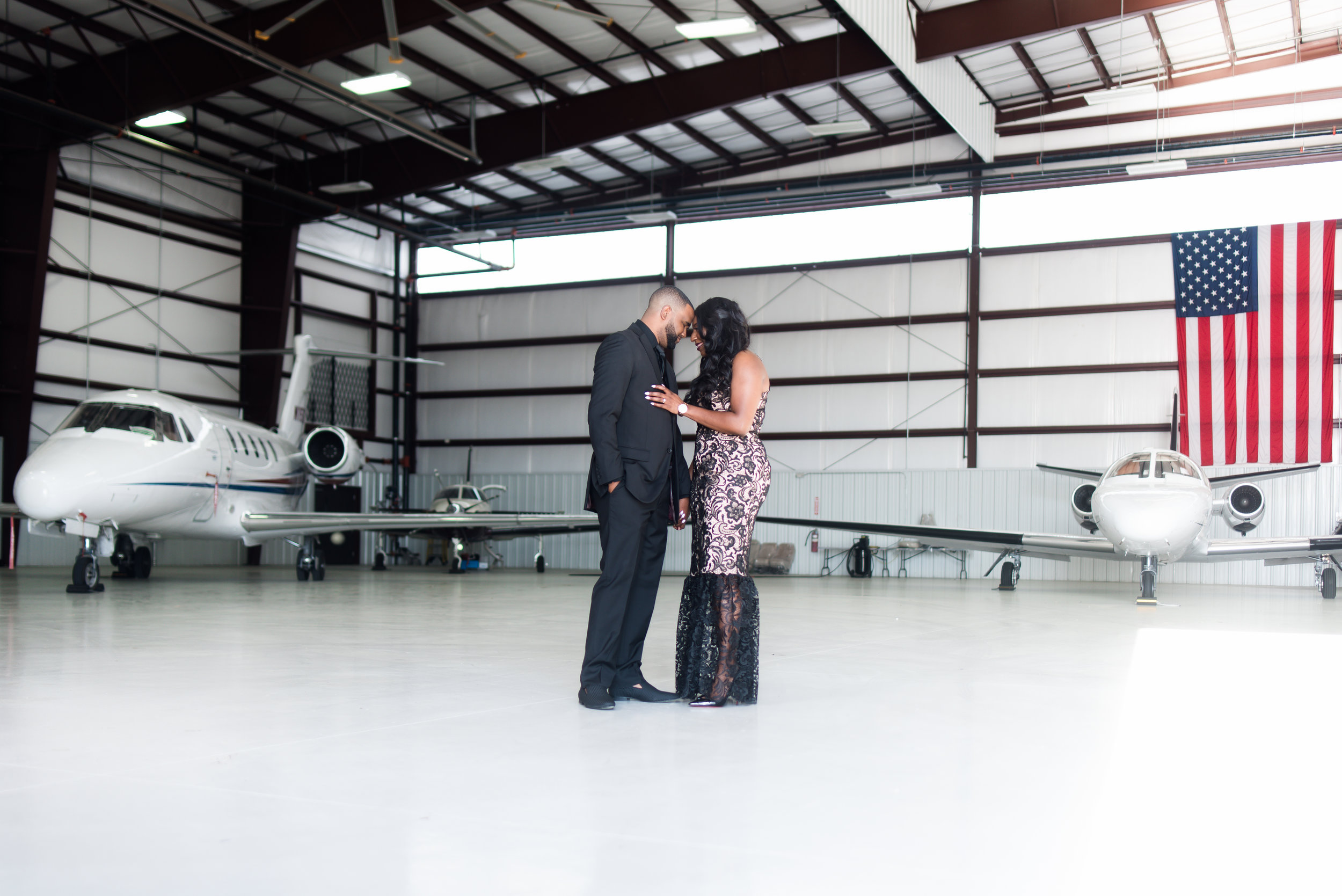 Engagement Session- Pharris Photography- Texas Engagement- AC and Nicole- Airplane