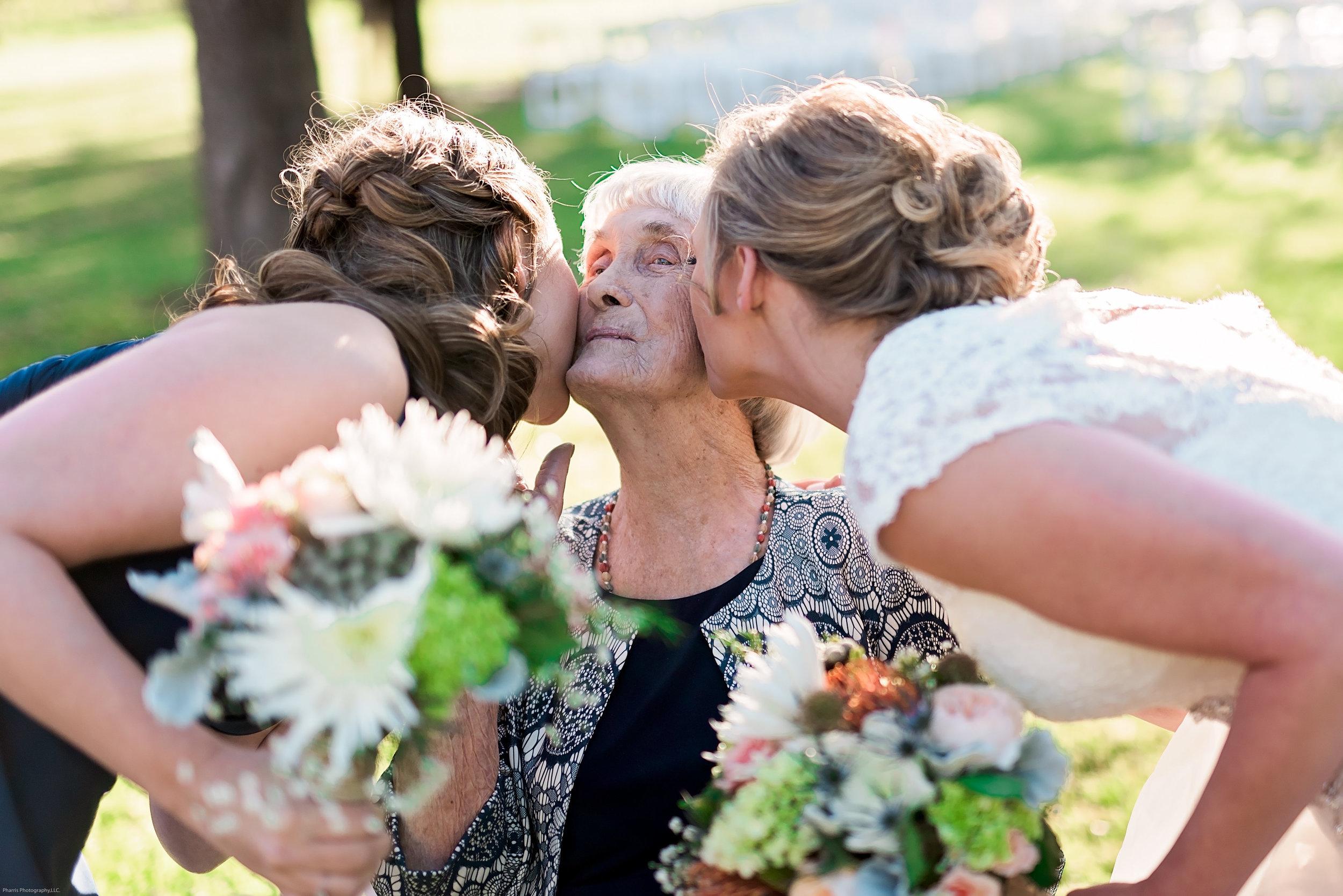 Taylor-Mallorie-Wedding-Pharris-Photos-0064.jpg