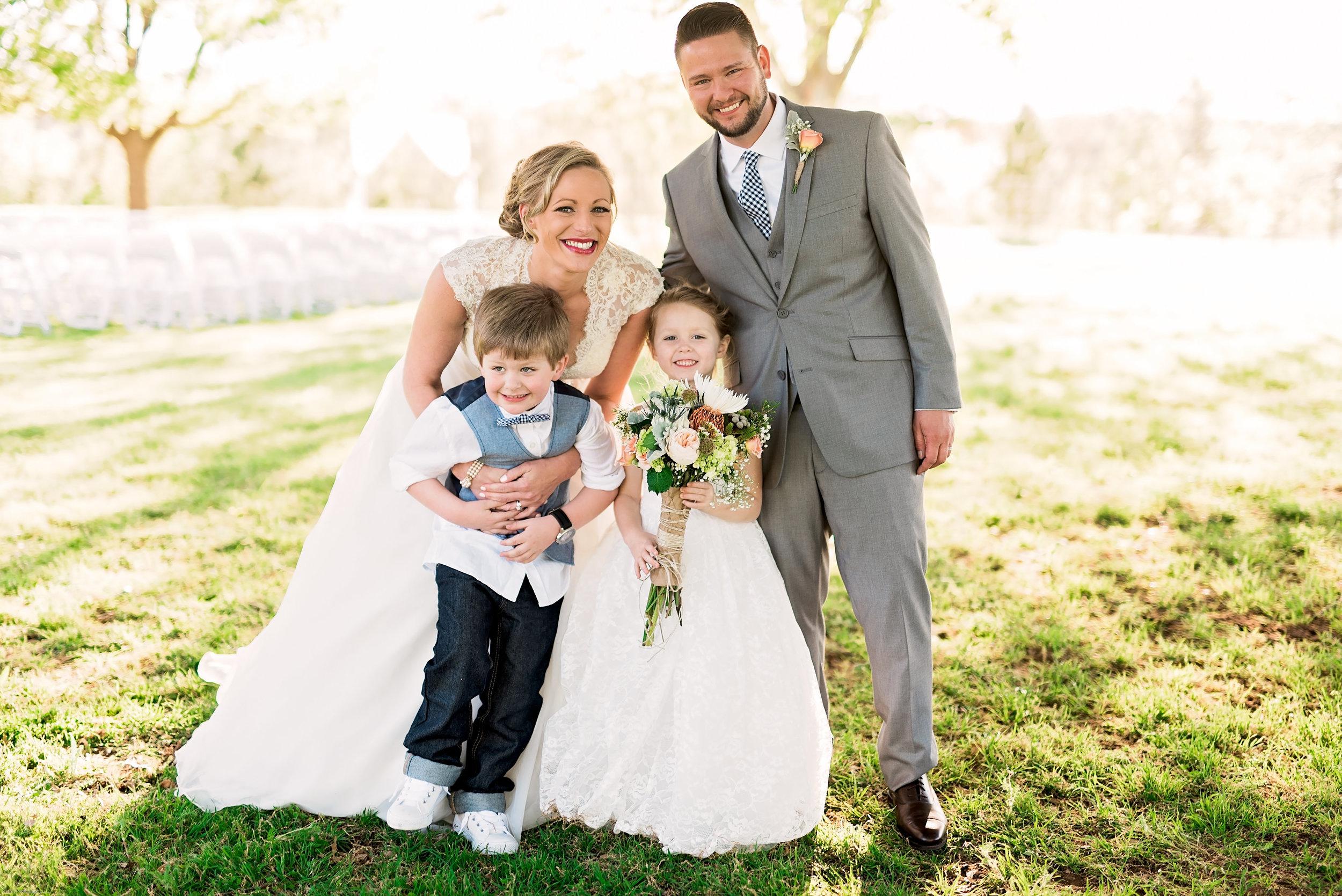 Taylor-Mallorie-Wedding-Pharris-Photos-0068.jpg