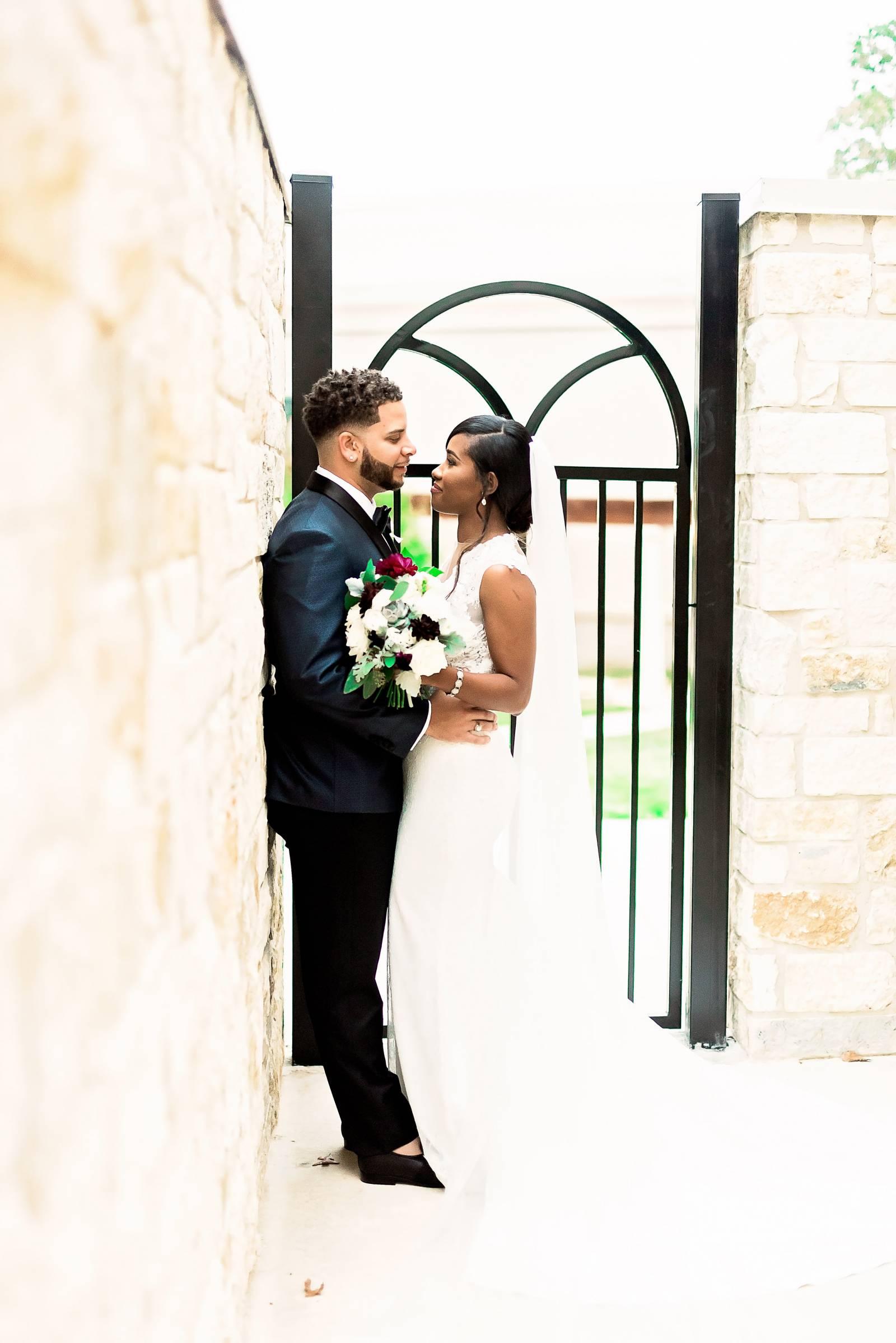 DeShana and Darryl Featured on The Black Bride - 14.jpg