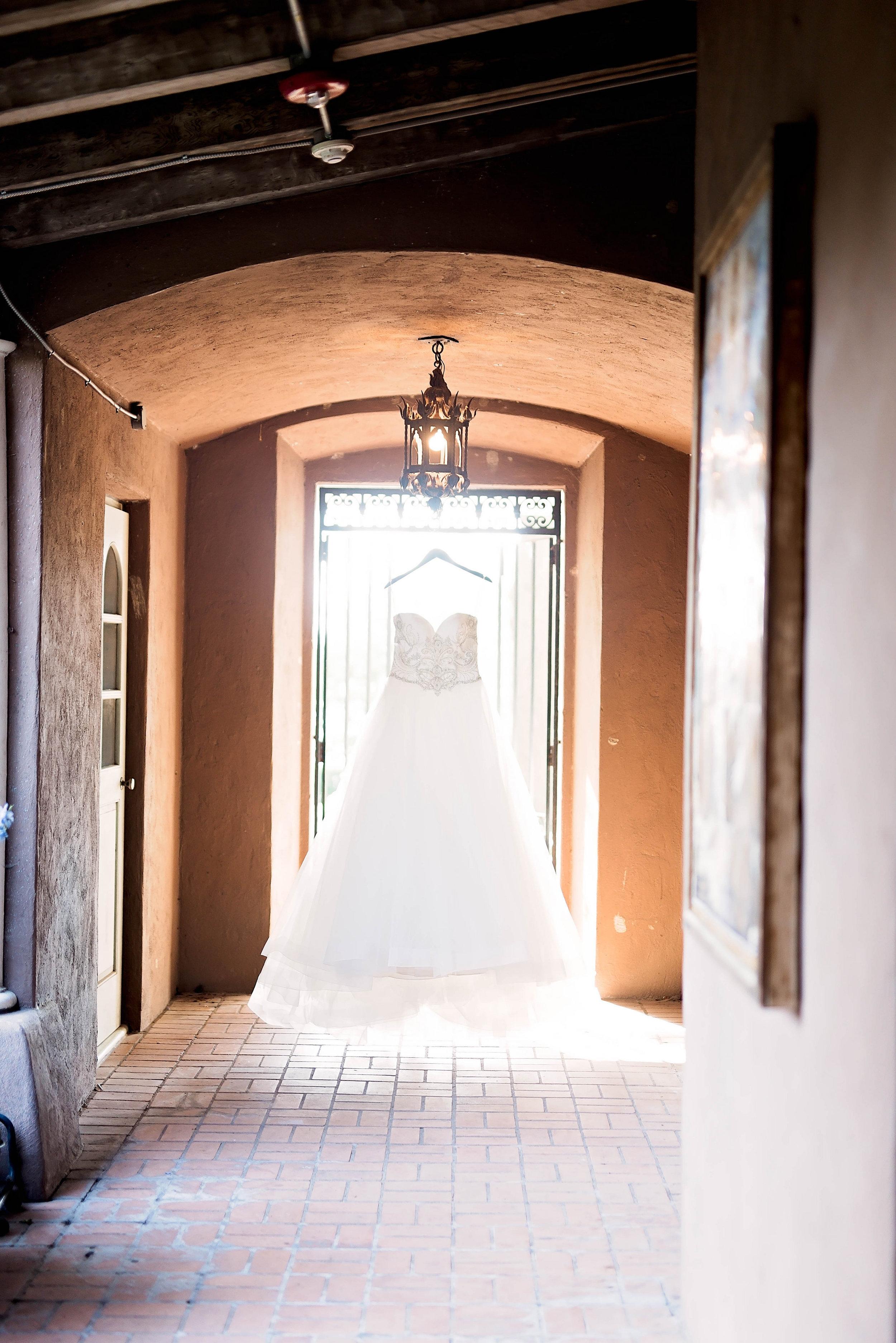 Pharris Photography- Dallas Wedding- Kerri + Bravion- Lace Wedding Dress