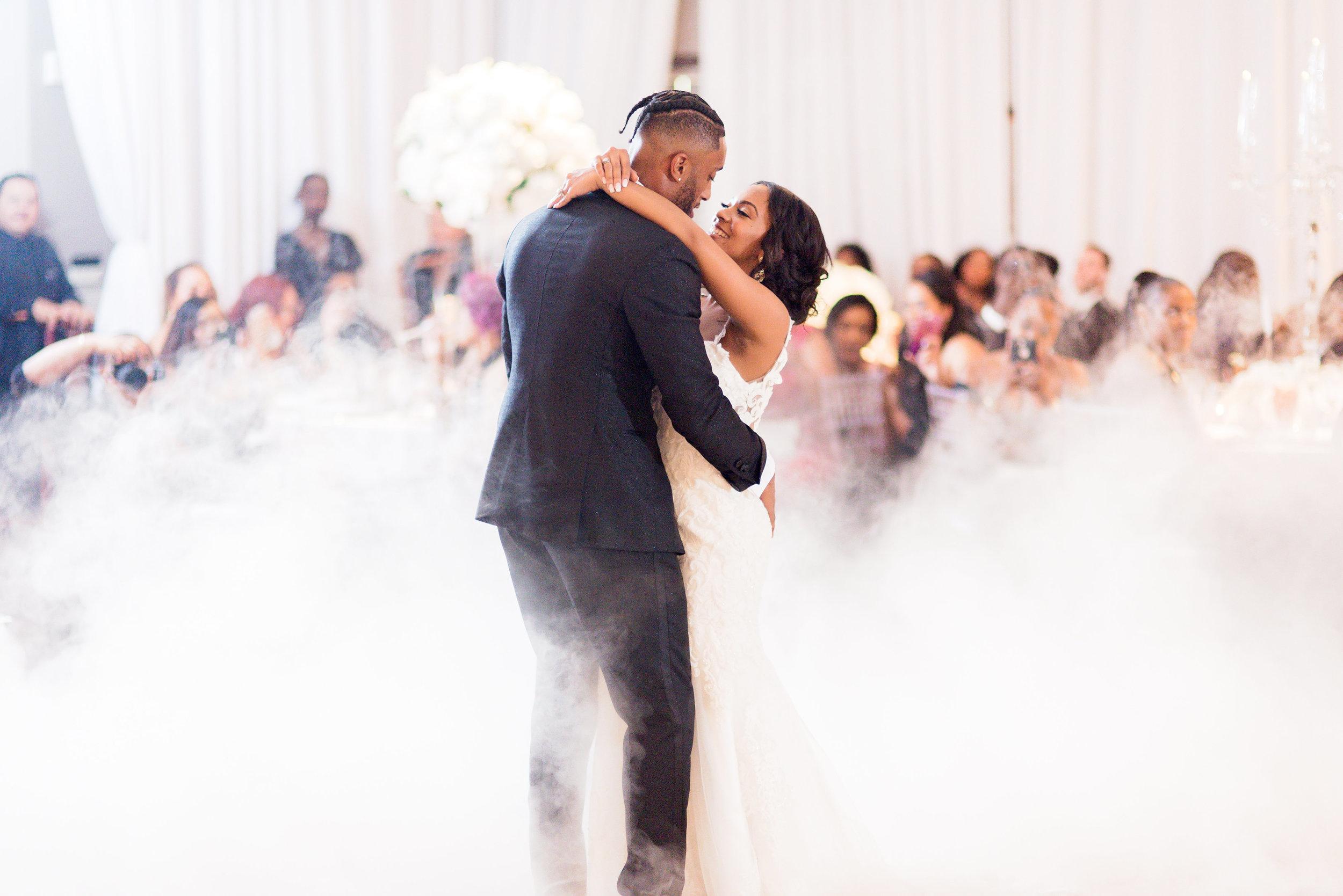 Angela Michael Colvin-Dallas Wedding-Pharris Photography-Blog-0039.jpg
