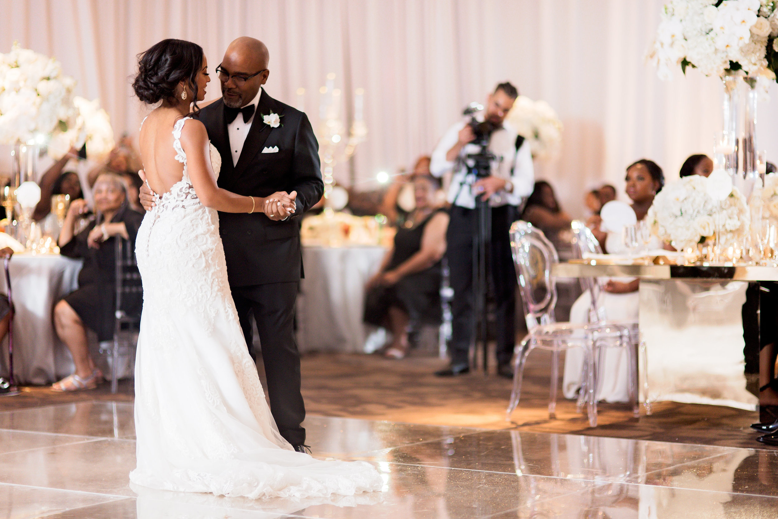 Angela Michael Colvin-Dallas Wedding-Pharris Photography-Blog-0041.jpg