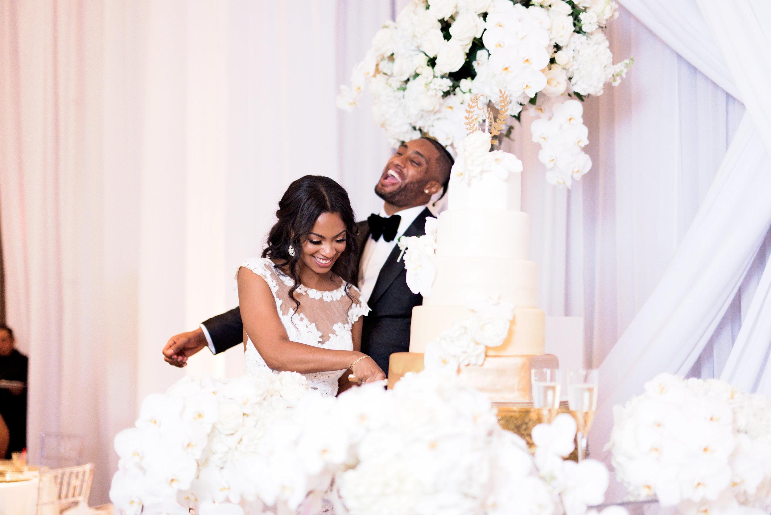 Angela Michael Colvin-Dallas Wedding-Pharris Photography-Blog-0046.jpg