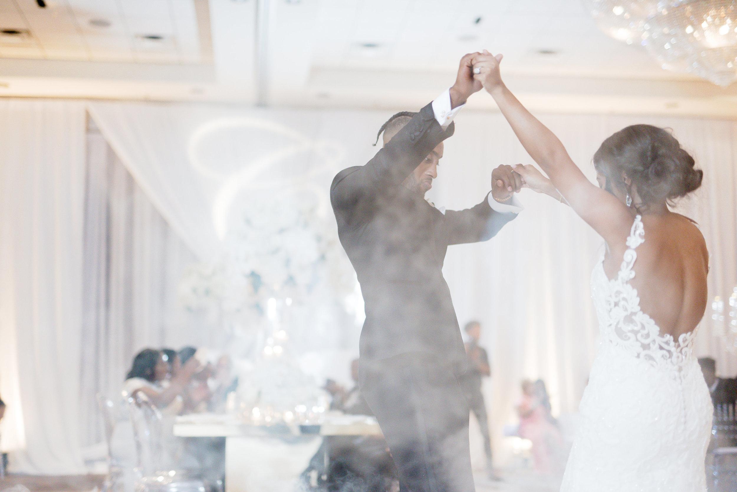 Angela Michael Colvin-Dallas Wedding-Pharris Photography-Blog-0055.jpg