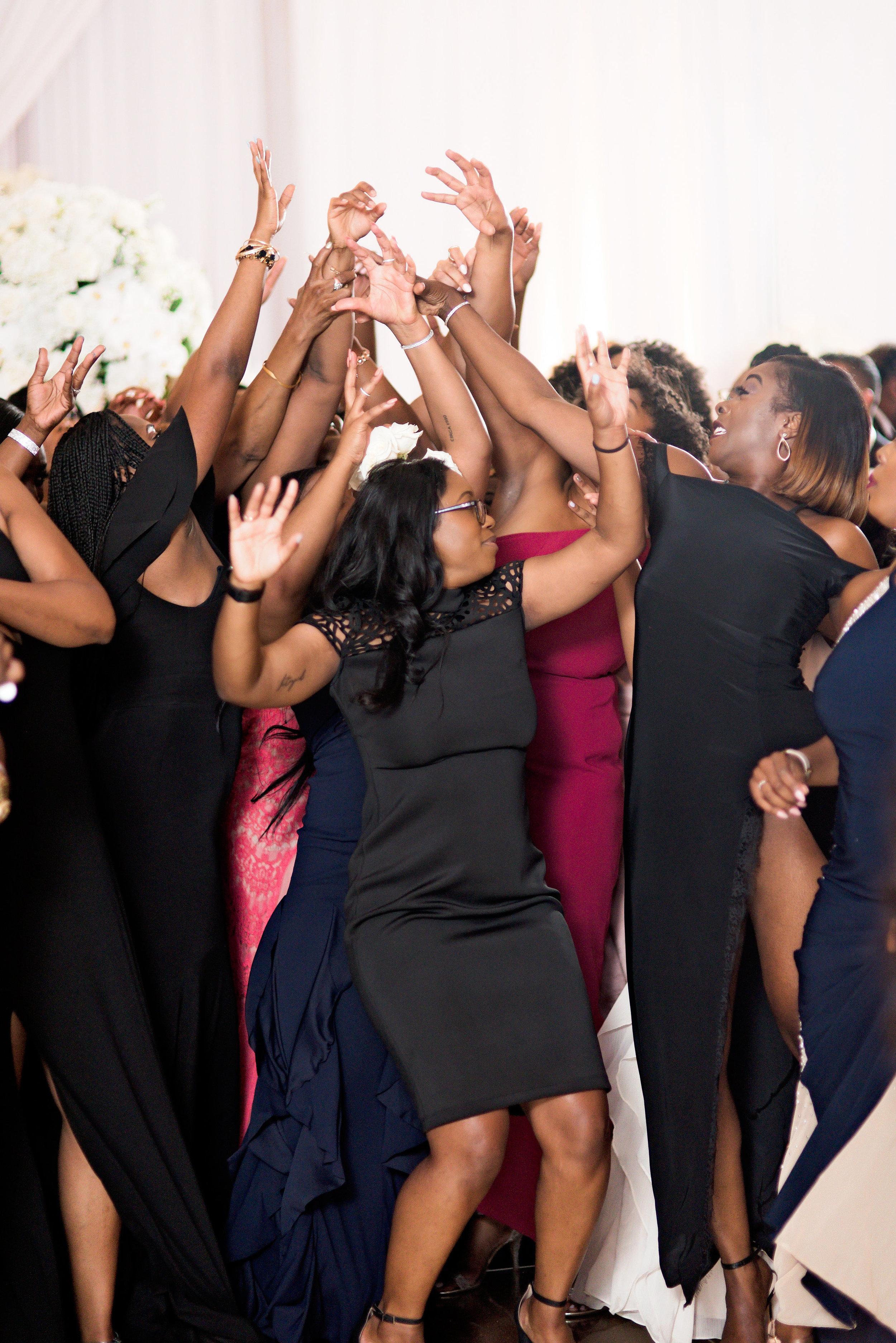 Angela Michael Colvin-Dallas Wedding-Pharris Photography-Blog-0060.jpg
