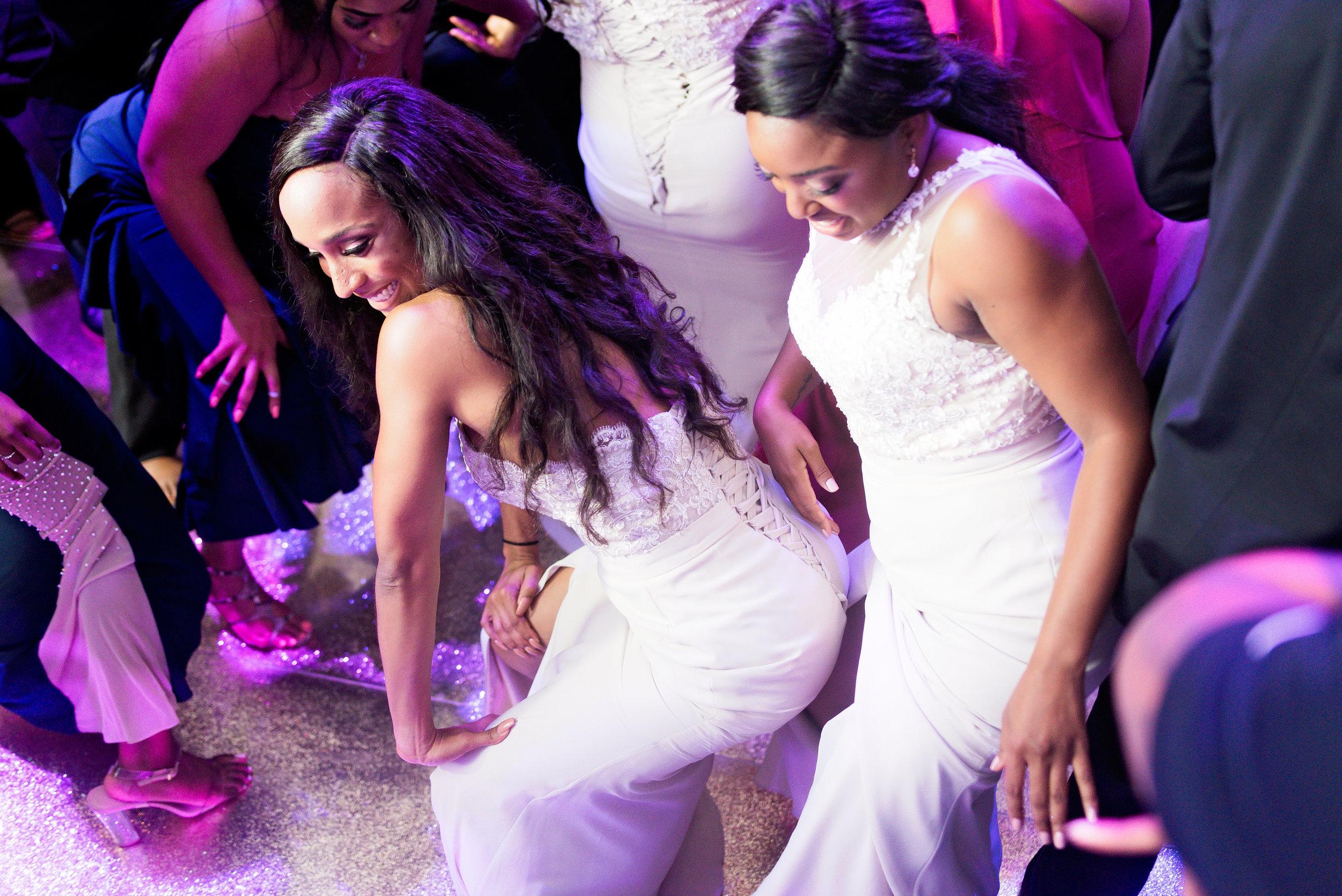 Angela Michael Colvin-Dallas Wedding-Pharris Photography-Blog-0071.jpg