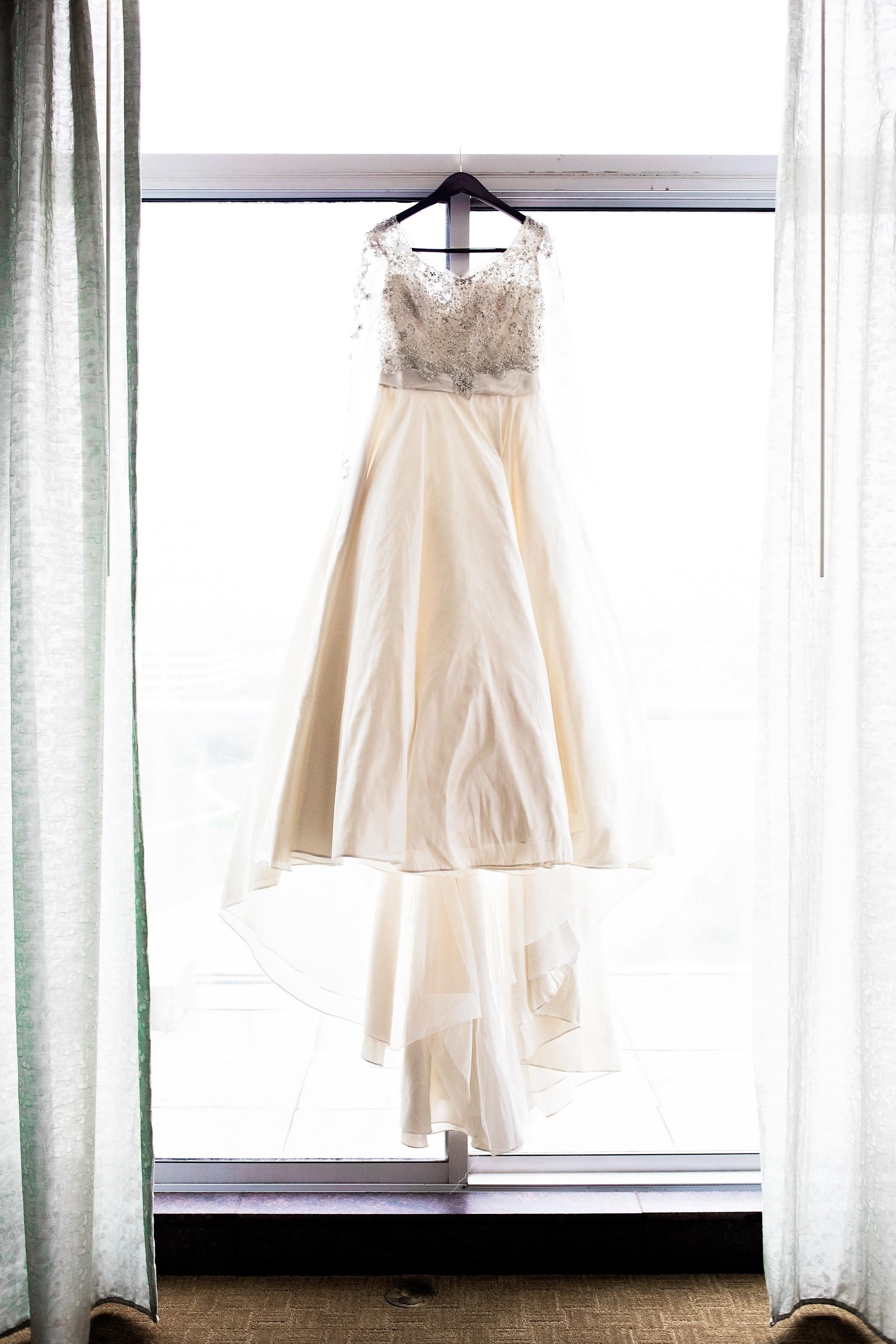 Dallas Wedding- Pharris Photography- Dorian + Chauncy- Bridal Gown- Wedding Dress- Getting Ready