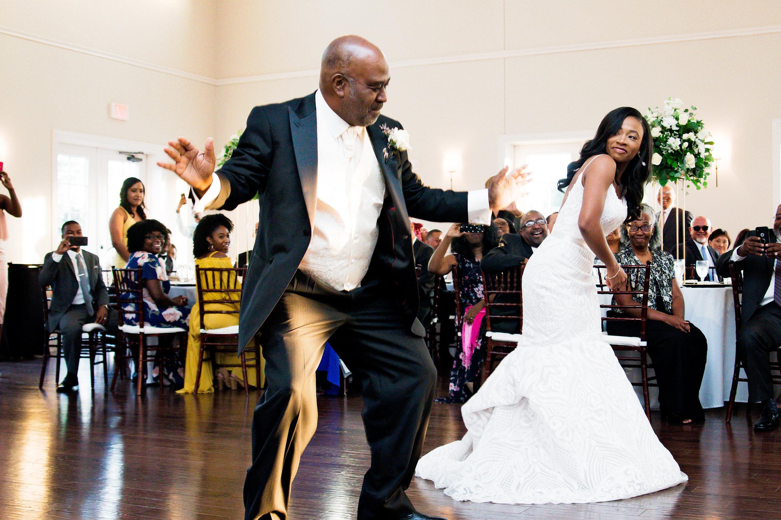 Winston-Hebran-Parkway-Wedding-Pharris-Photography--0379.jpg