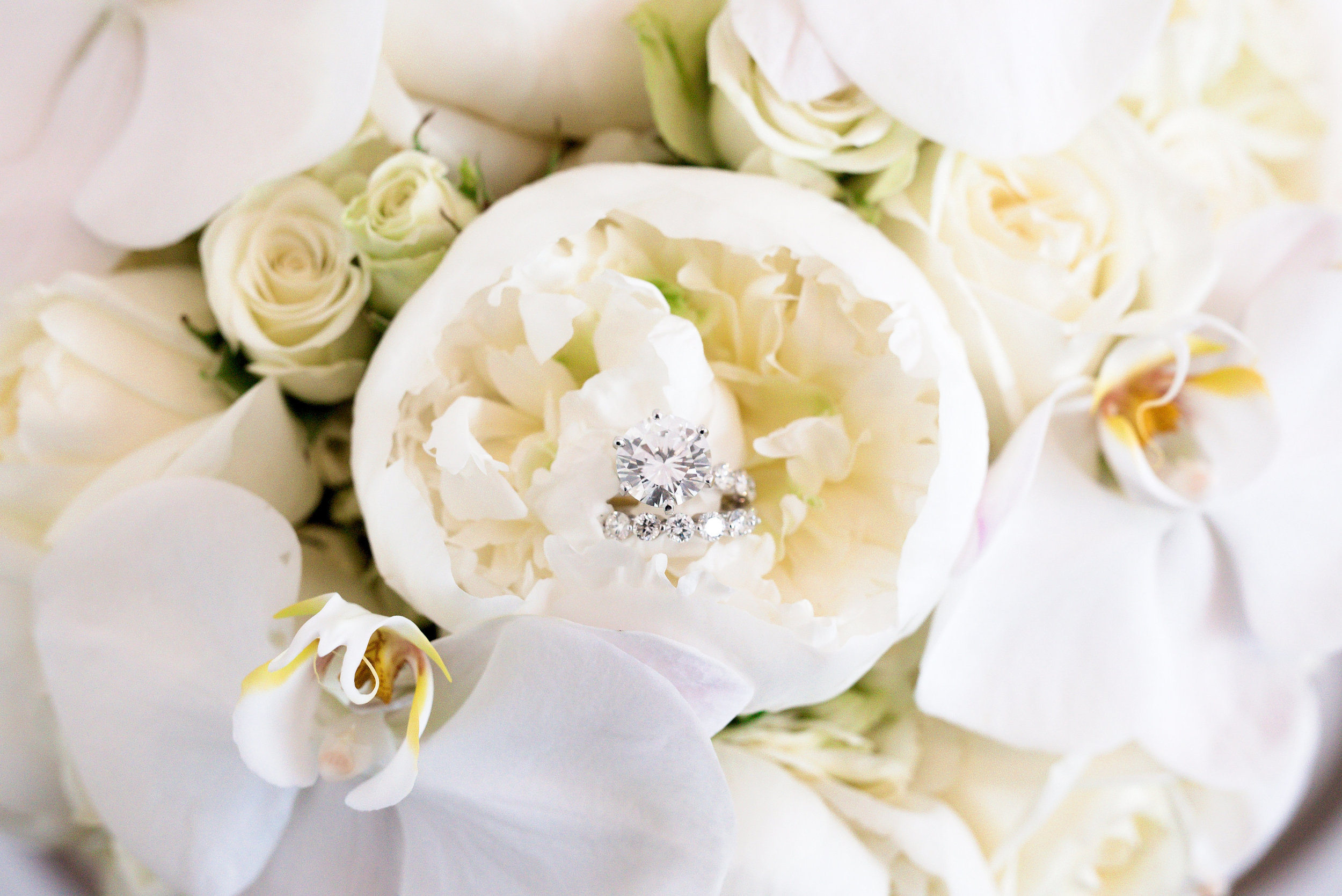 Houston Wedding- Pharris Photography- Kisha + Shaun- Wedding Rings- Floral- Bouquet
