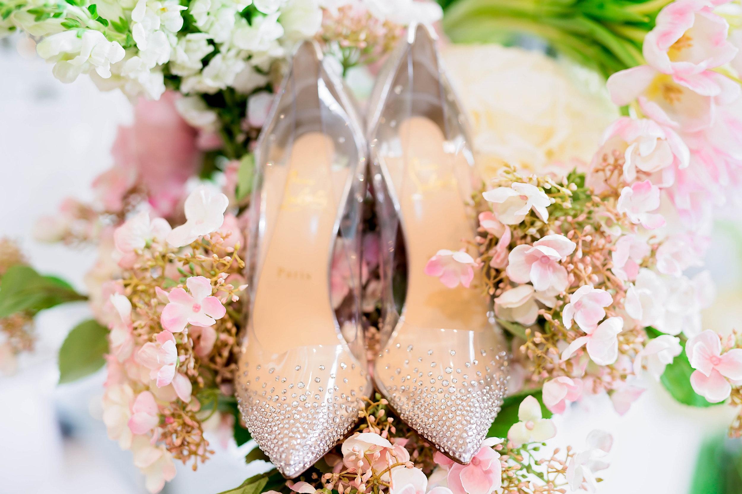 Dallas Wedding- Pharris Photography- Juliet + Elvis- Shoes- Louboutin- Wedding Details