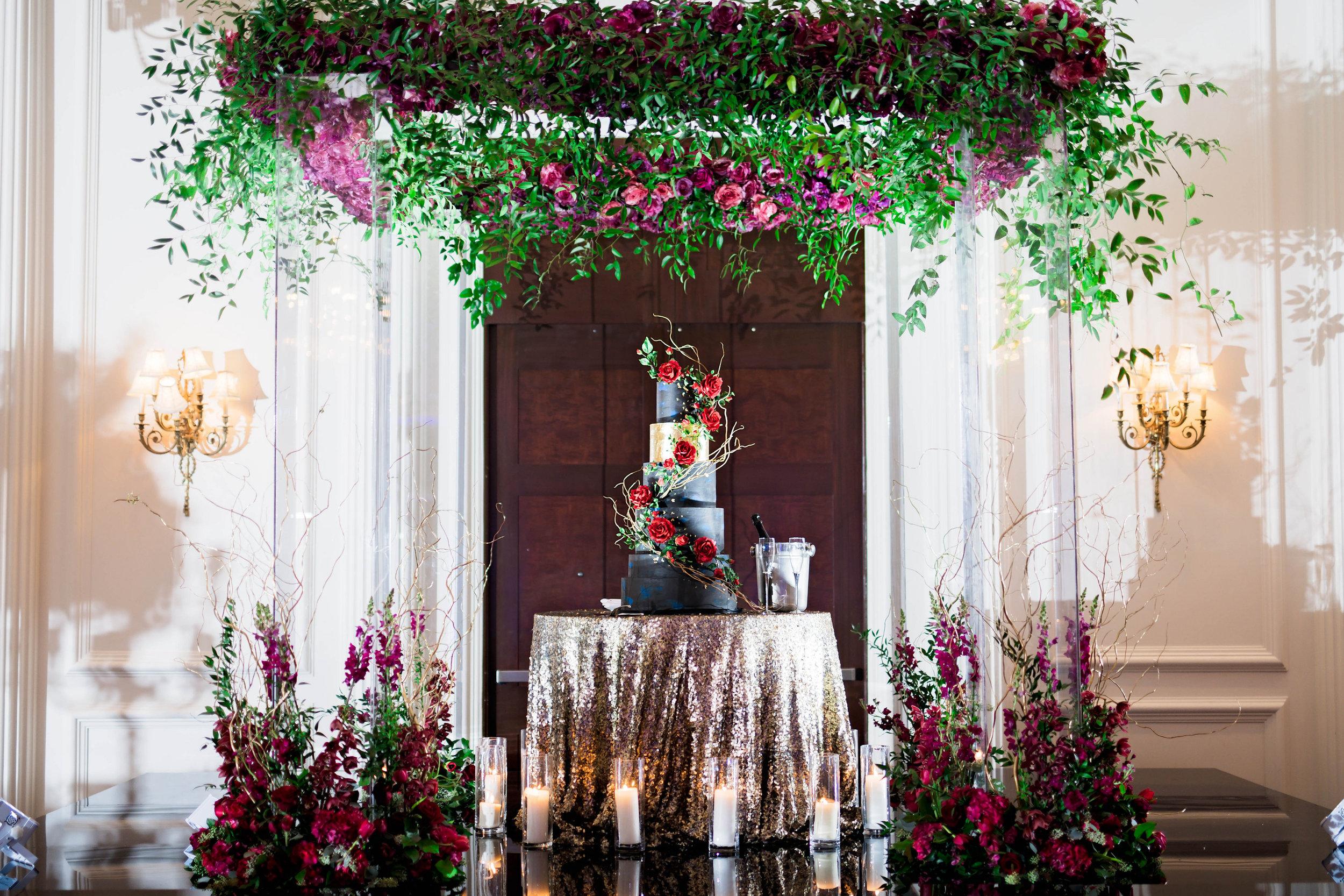 Pharris Photography- Houston Wedding- Krystyn and Joshual- Texas Wedding- Wedding Cake- Wedding Decor- Wedding Details
