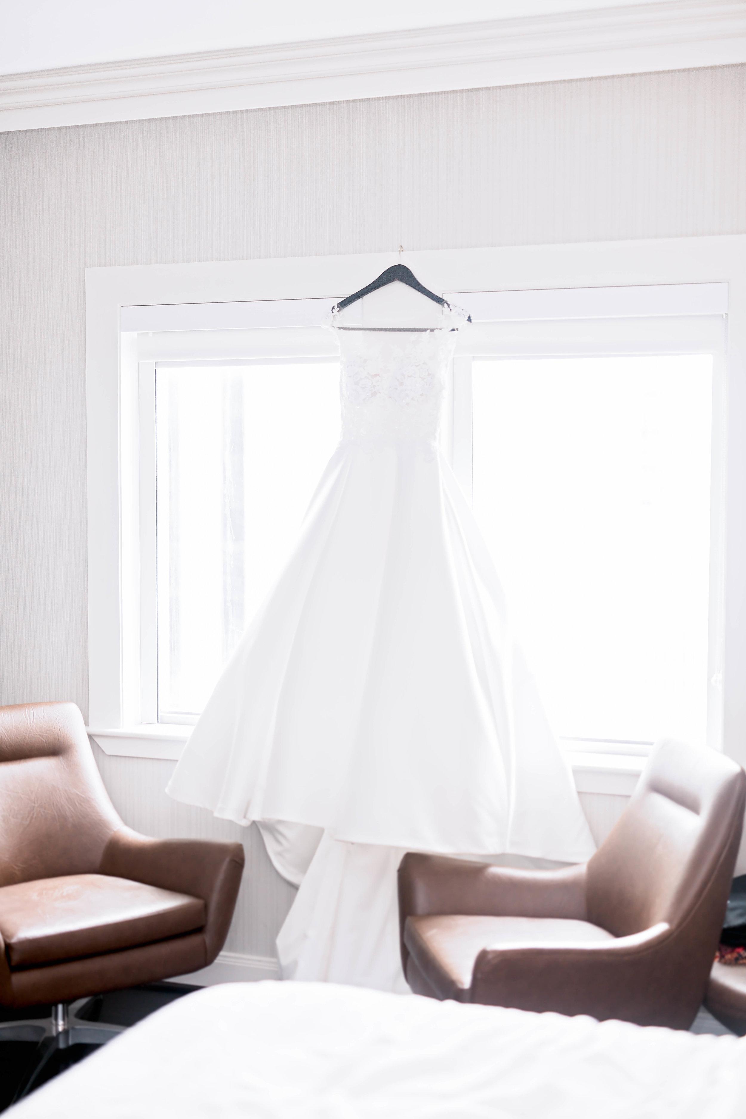 Houston Wedding- Pharris Photography- Getting Ready- Natalie + Mark- Wedding Dress