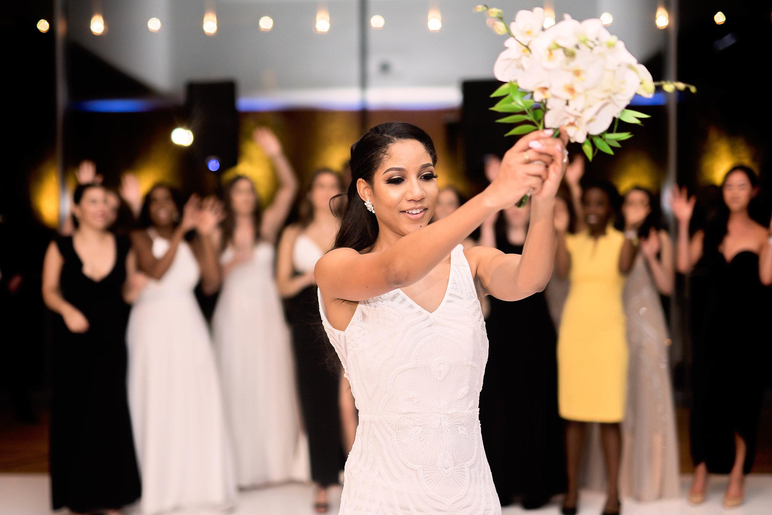Houston Wedding- Pharris Photography- Reception- Natalie + Mark- Bouquet Toss
