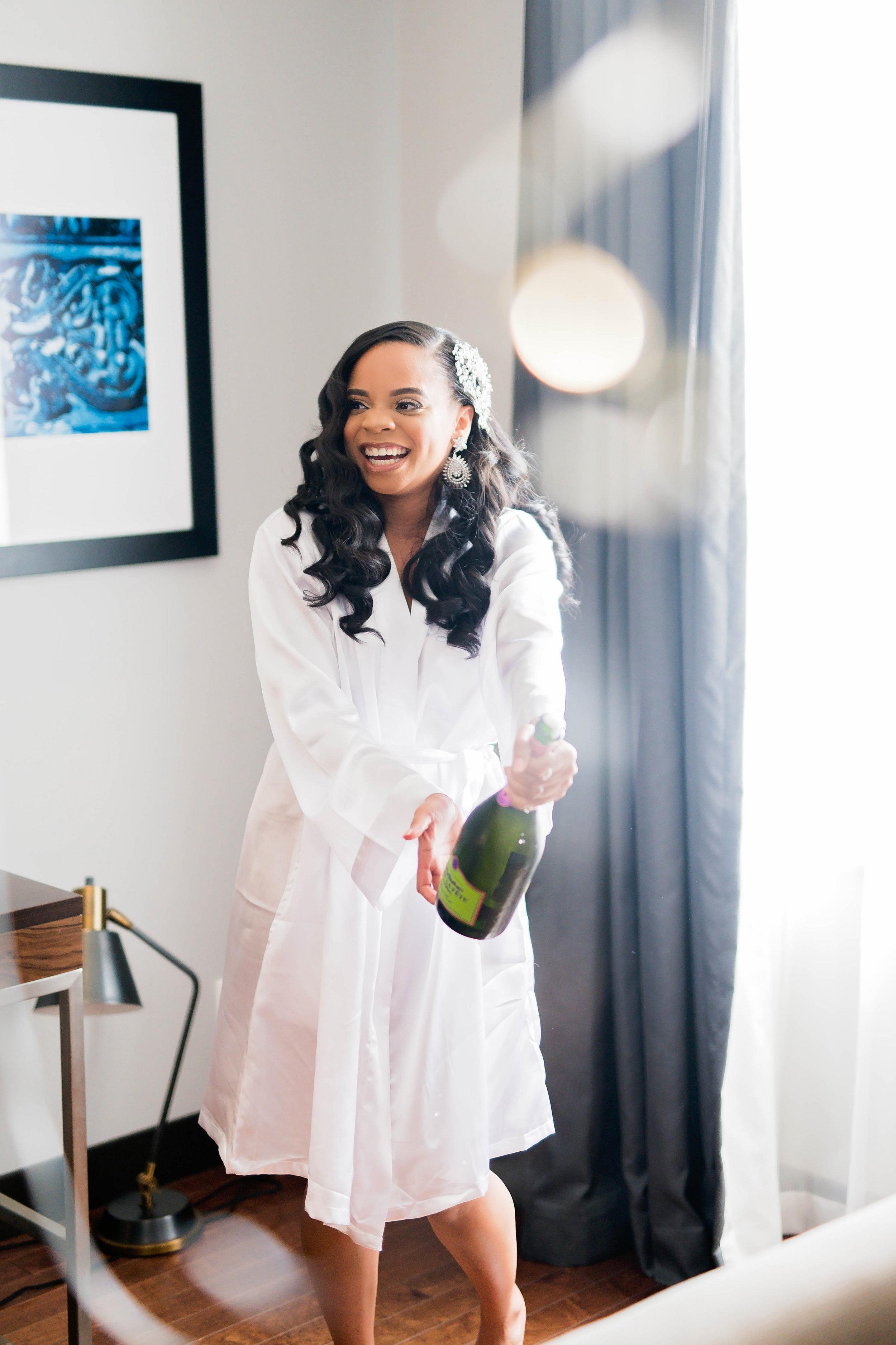 Tulsa Wedding- Pharris Photography- Getting Ready- Darla + Quinton -Bride- Pop Champagne