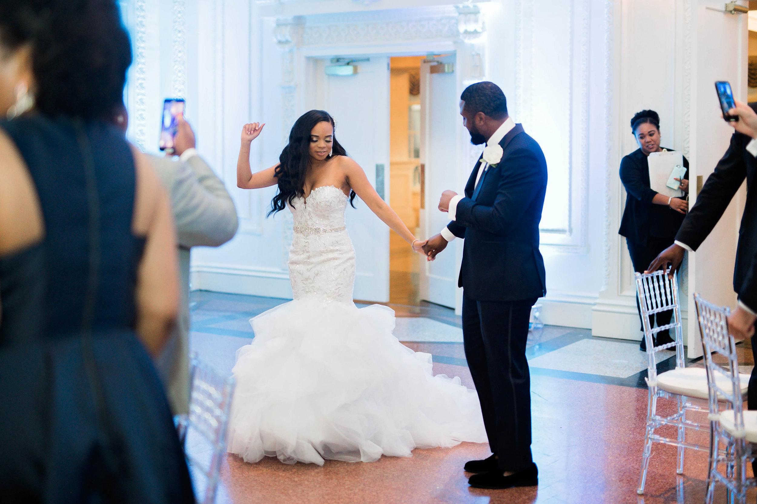 Tulsa Wedding- Pharris Photography- Reception- Darla + Quinton- Bride & Groom