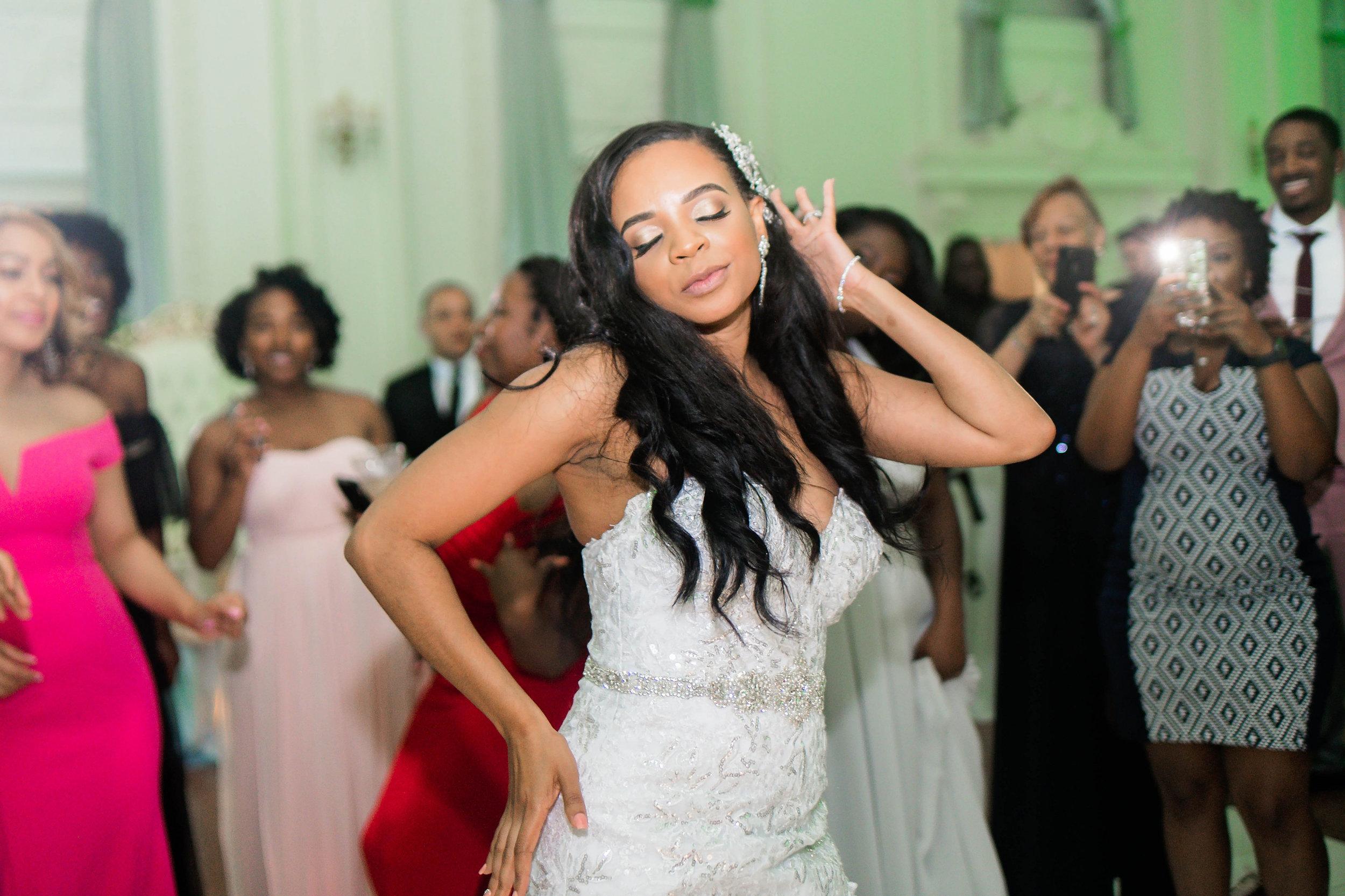 Tulsa Wedding- Pharris Photography- Reception- Darla + Quinton- Dance Floor- Bride