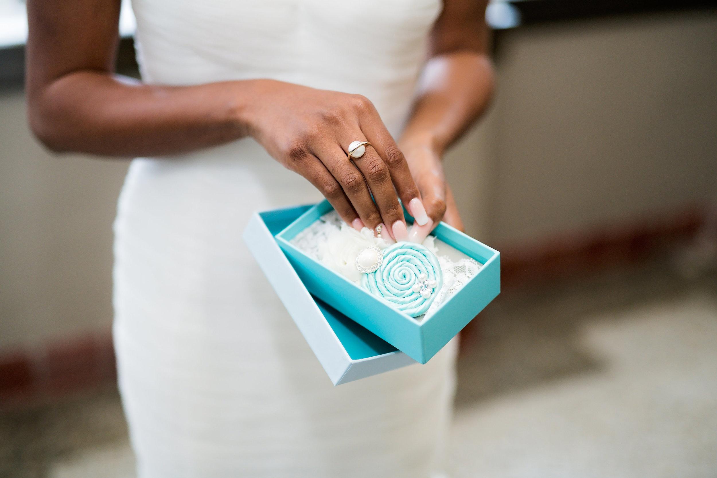 Houston Wedding- Pharris Photography- Details- Lorece + Jeremy- Jewelry