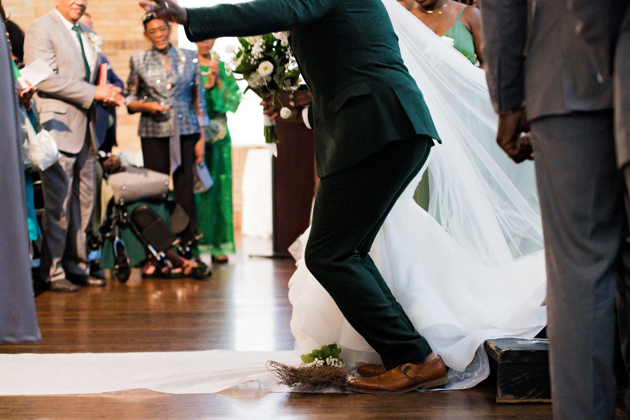 Houston Wedding- Pharris Photography- Ceremony- Lorece + Jeremy- Jumping the Broom