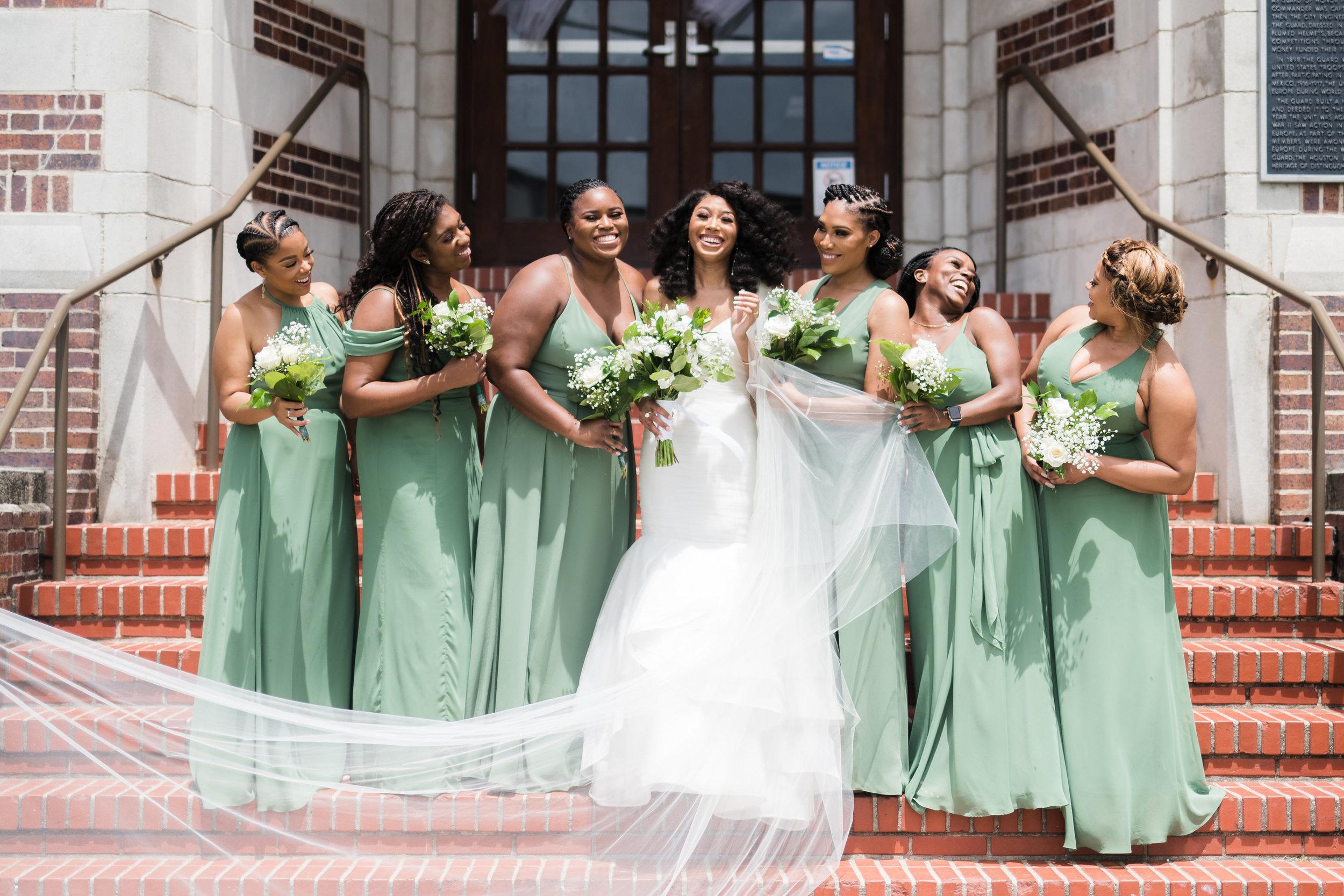 Houston Wedding- Pharris Photography- Ceremony- Lorece + Jeremy- Bride & Bridesmaids
