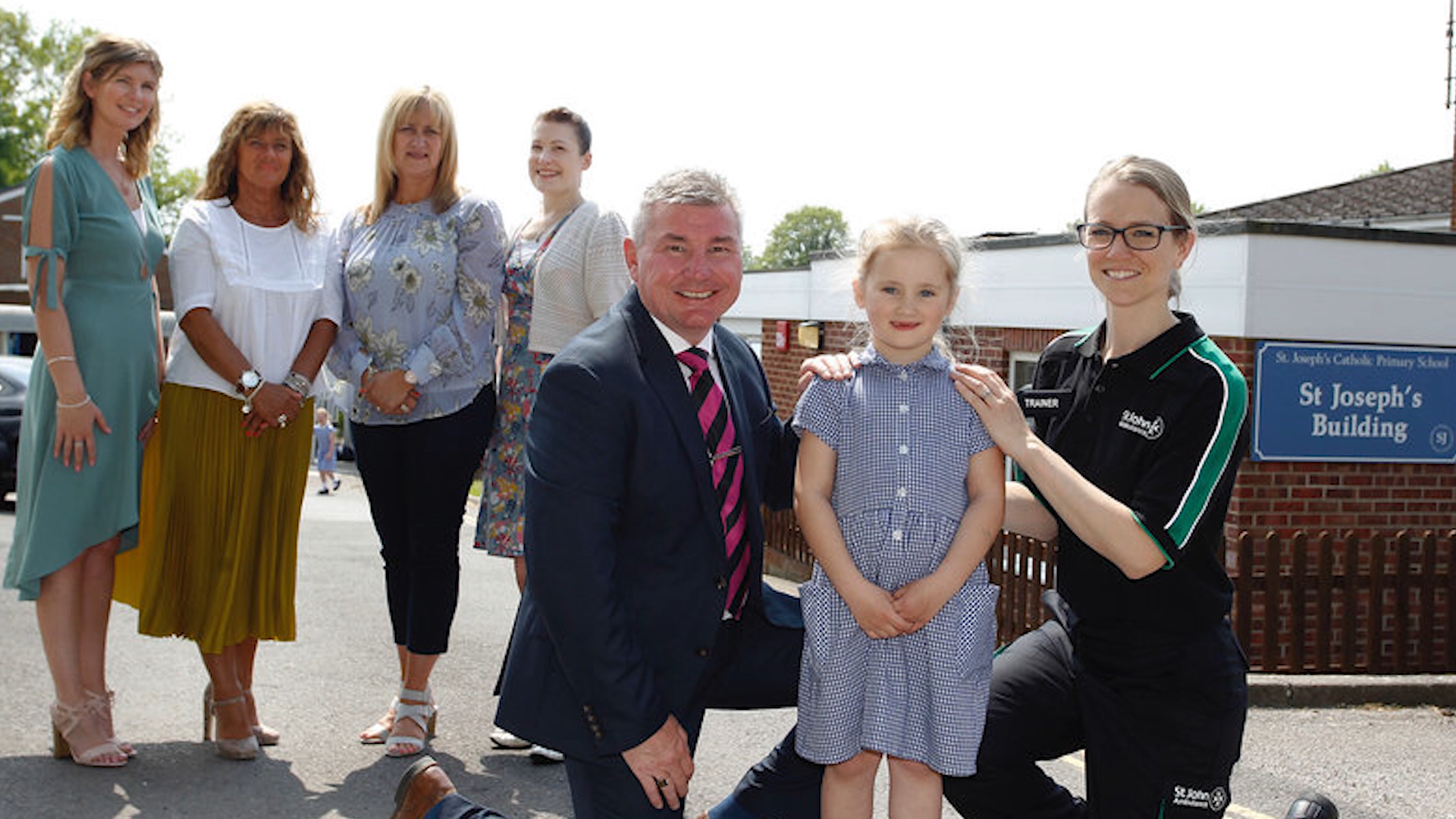 Headteacher at St Joseph´s Catholic Primary School in Aldershot saves 4yr old's life after she had a febrile convolusion.