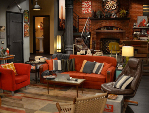 Which famous USA sitcom included this warm toned apartment?