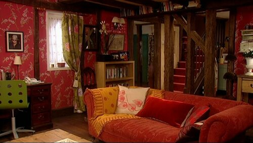 Which famous UK sitcom featured this cosy set?